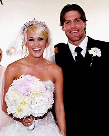 carrie-underwood-mike-fisher-celebrity-wedding-anniversary-wishes-0716.jpg