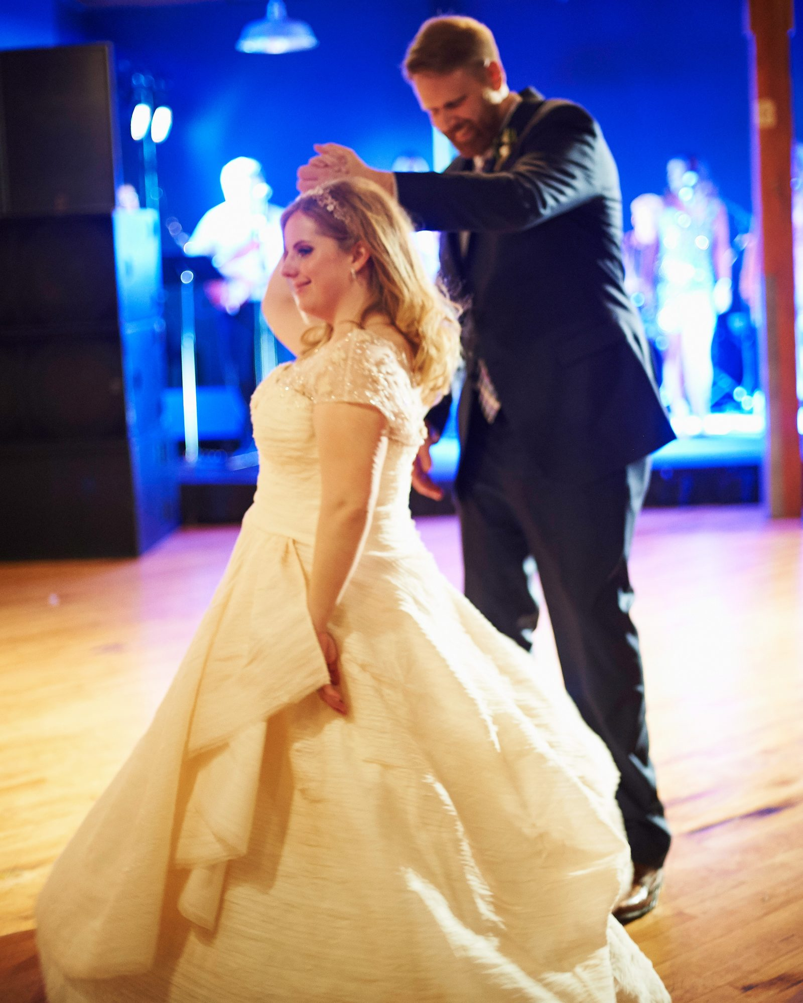 maddy-mike-wedding-firstdance-748.d3s.251.2015.49-6134174-0716.jpg
