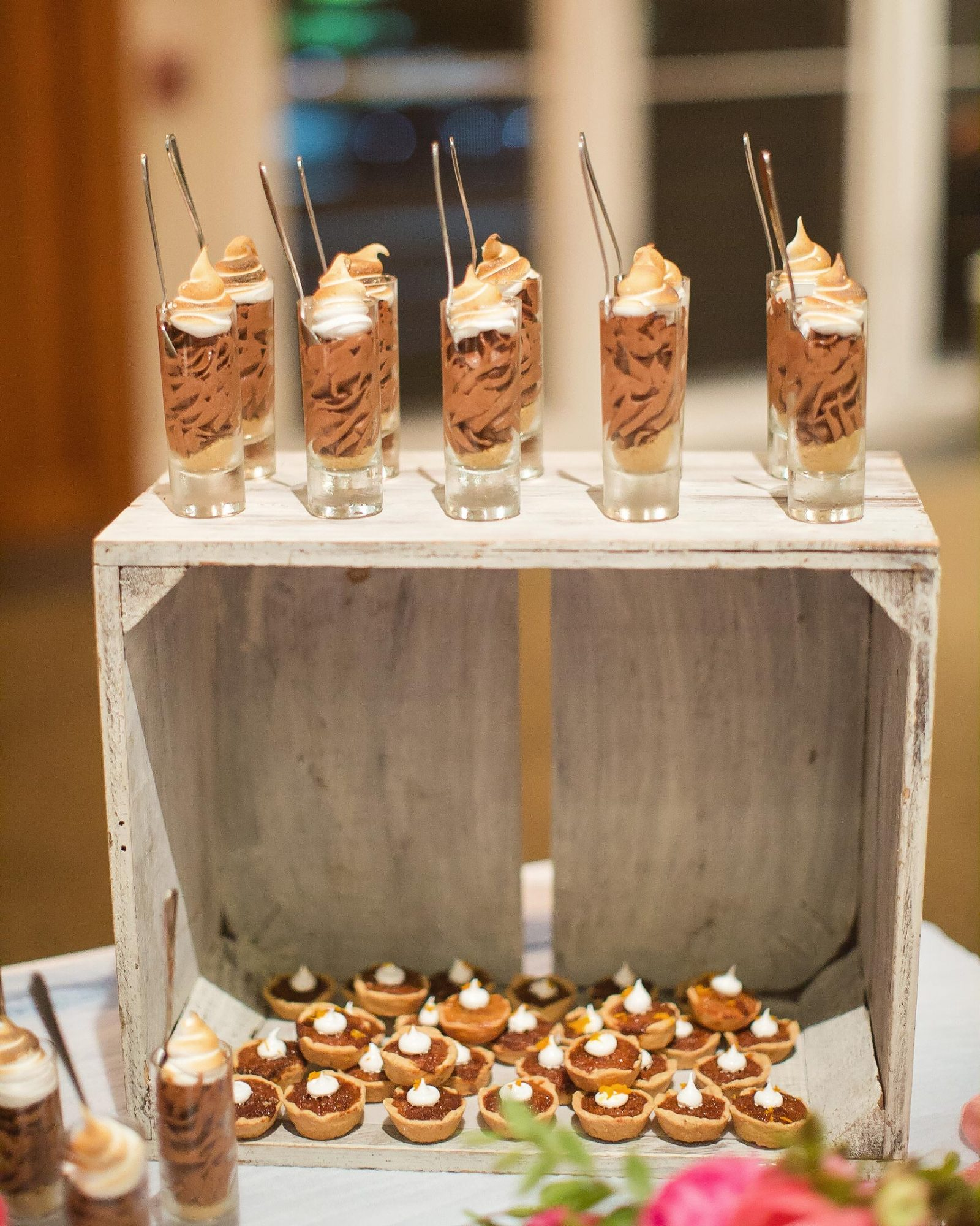 christen-tim-wedding-desserts-22437-6143924-0816.jpg