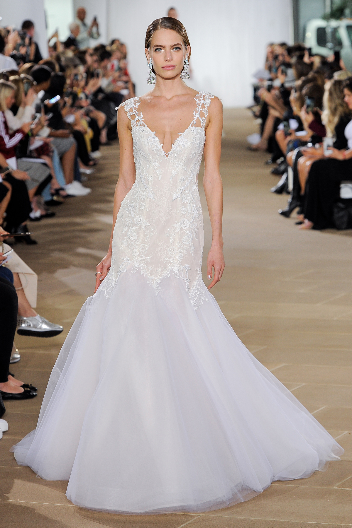 """""""Lyra"""" trumpet lace wedding dress with embroidered straps and V-neckline"""