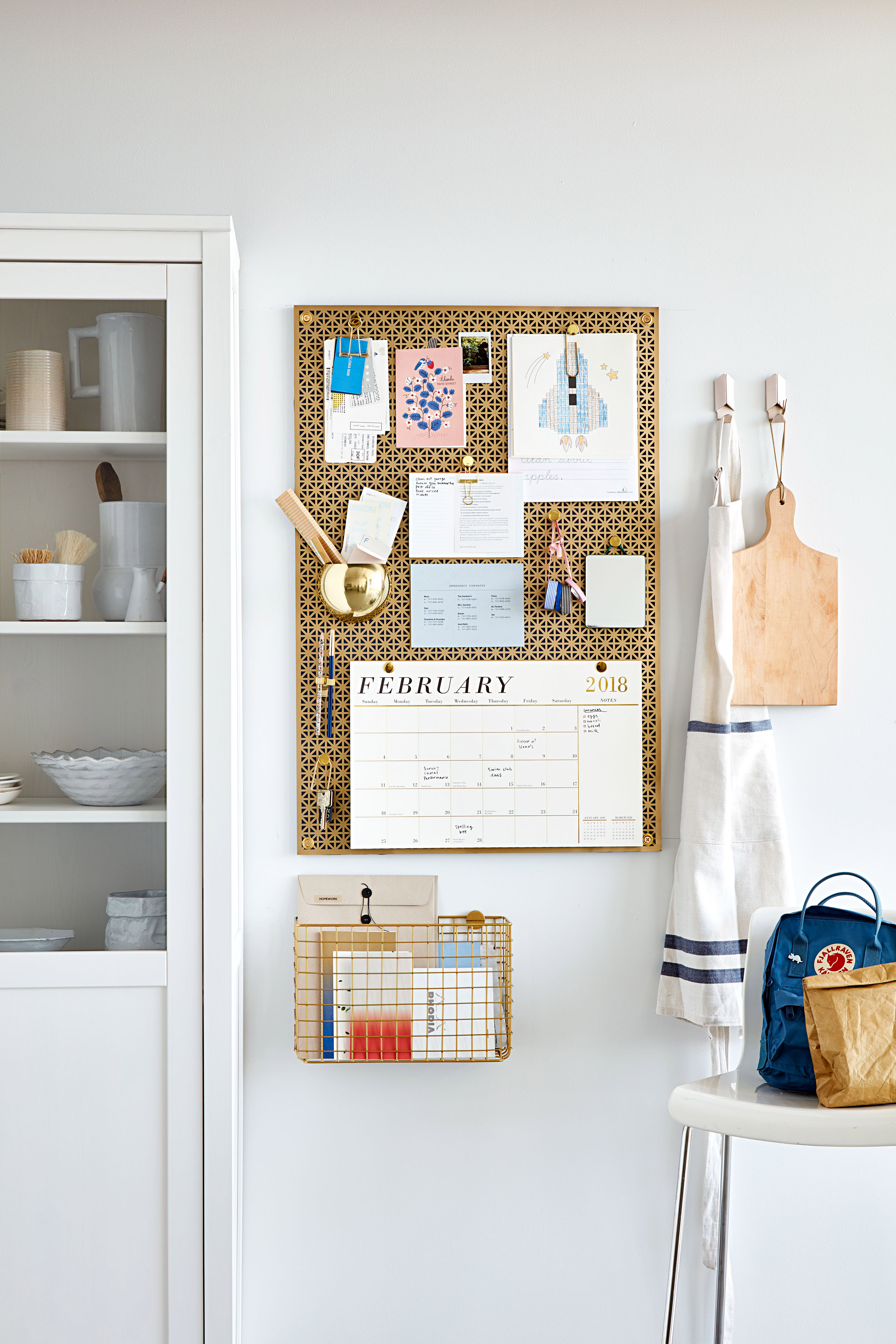 Radiator-Screen Organizer