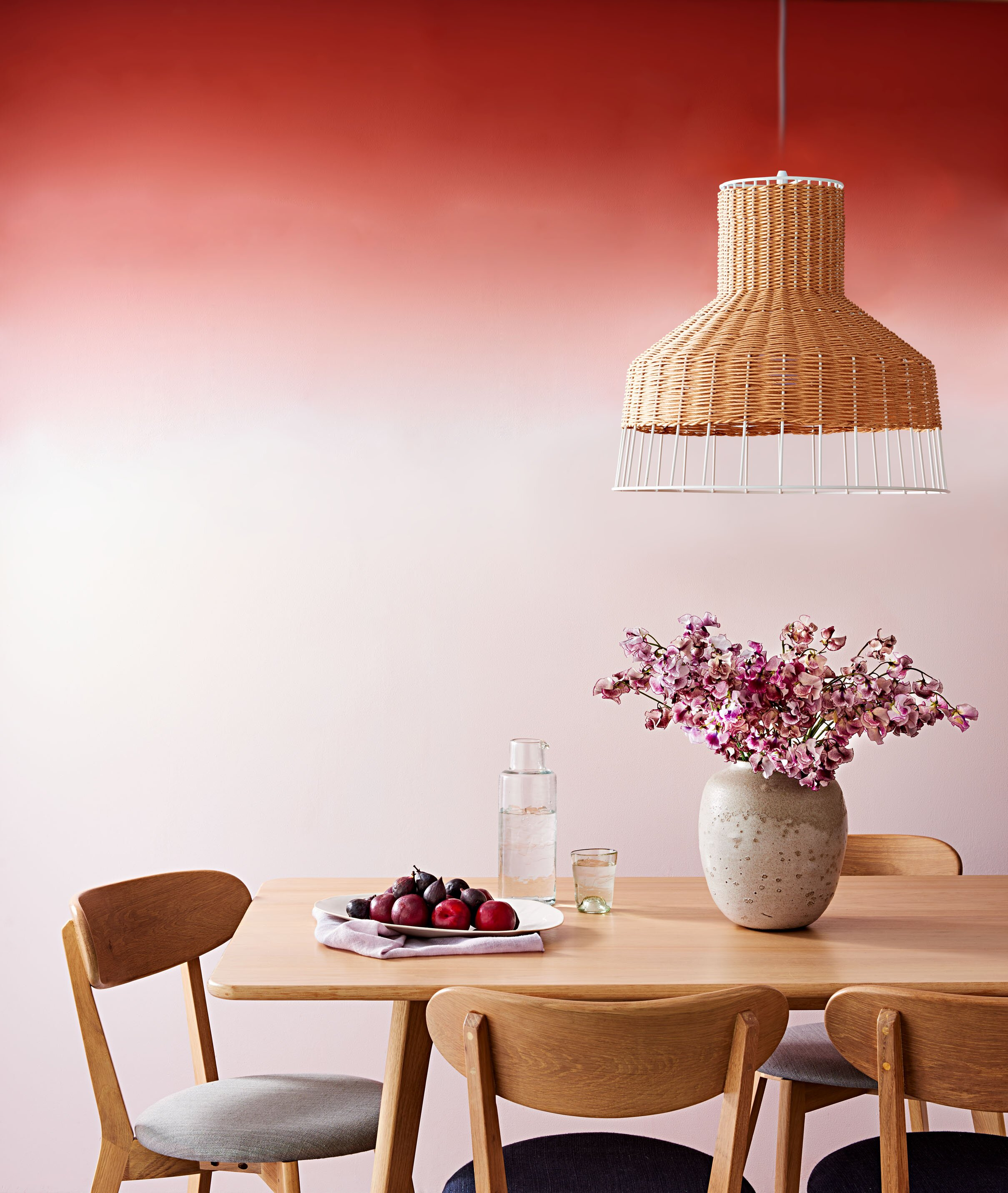 10 Amazing Ways to Decorate Your Walls with Paint | Martha ...