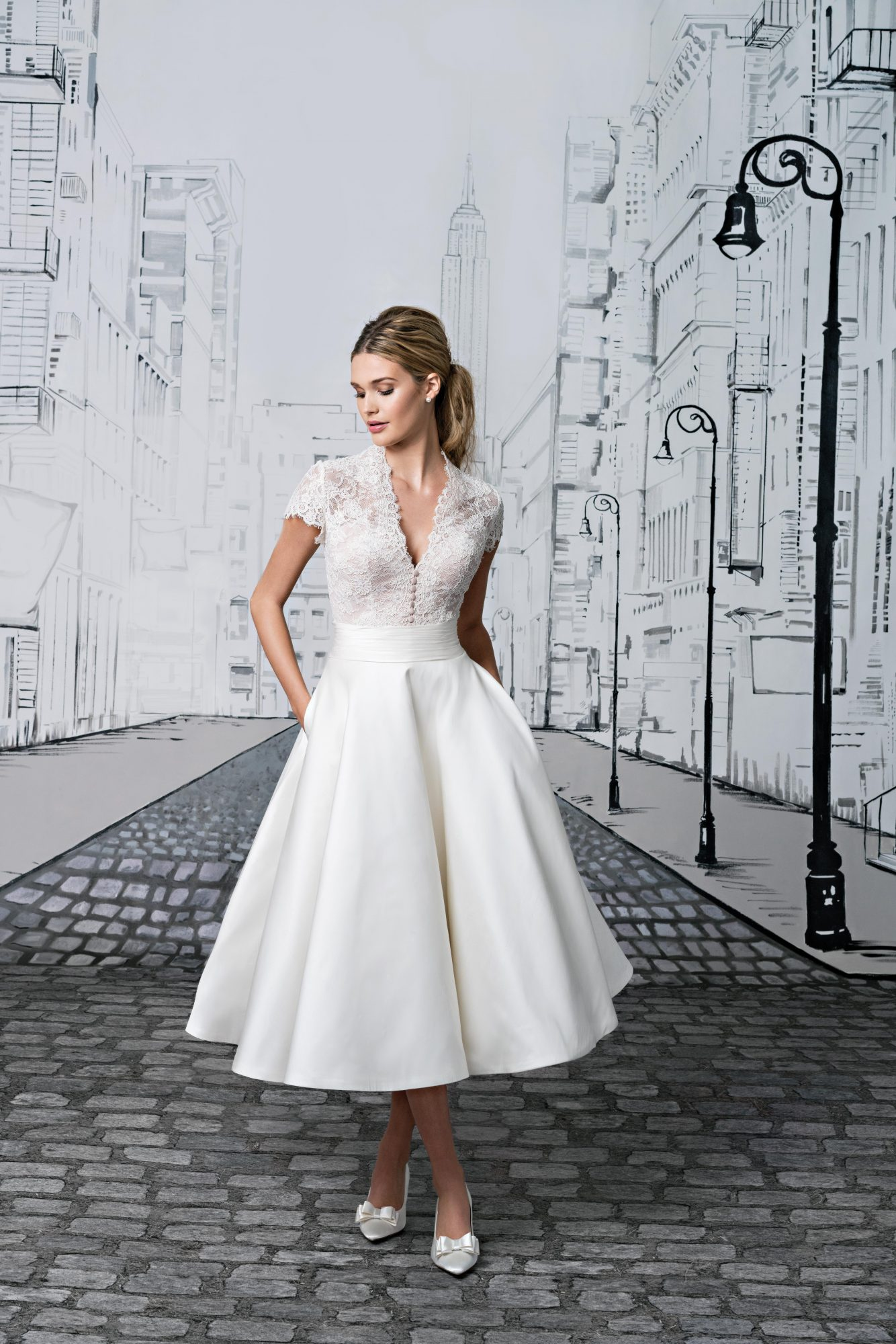 Get the Look: Grace Kelly-Inspired Wedding Dress