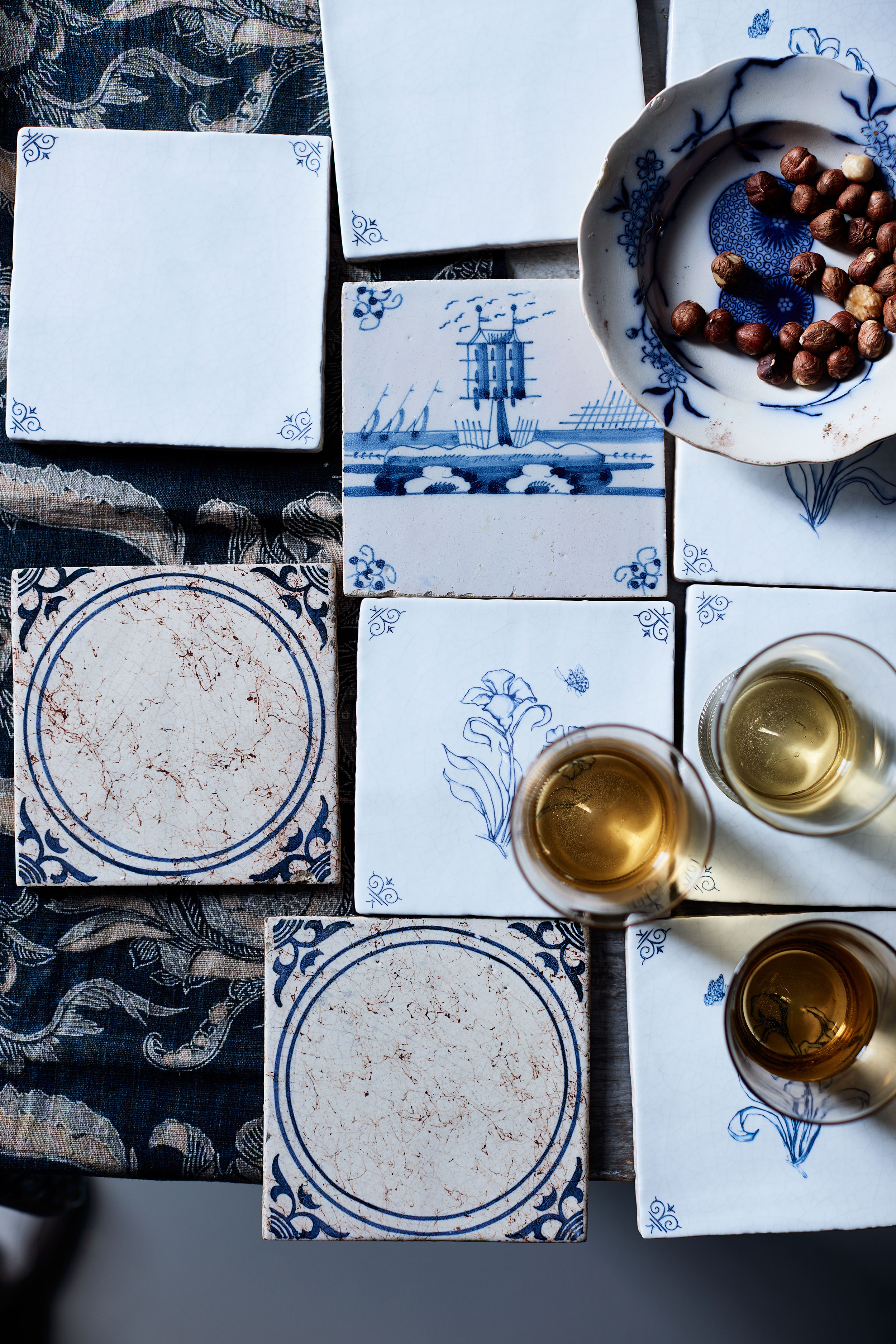 blue thanksgiving place setting table setting