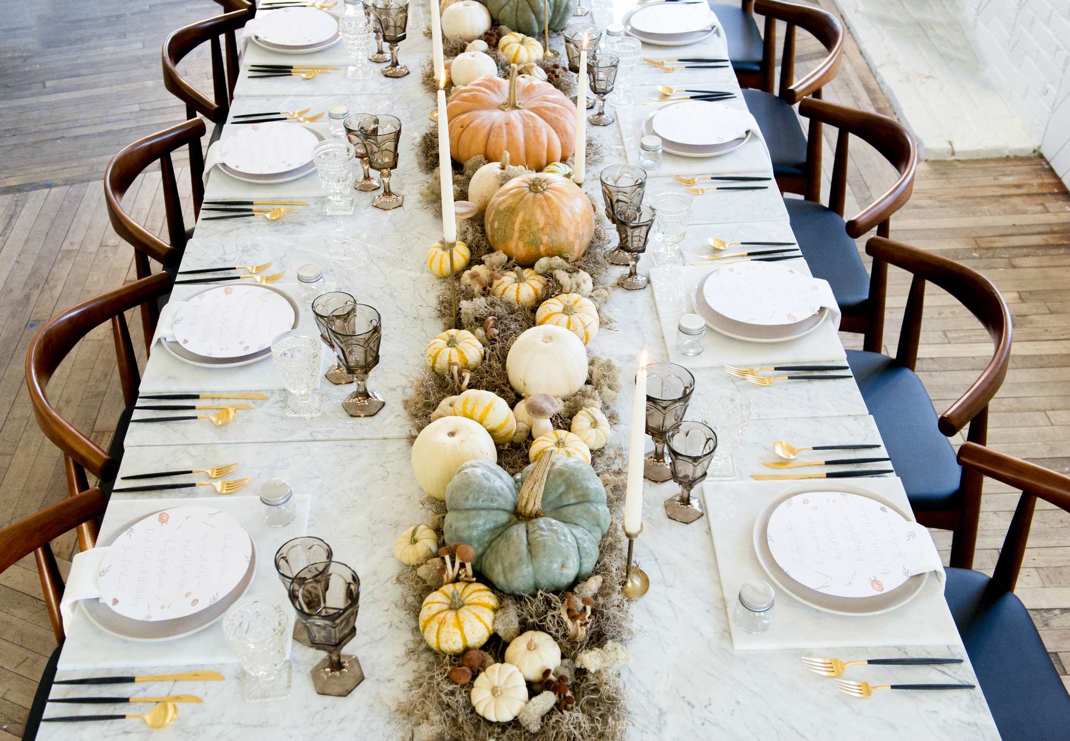 Hessney & Co.'s modern Thanksgiving tablescape