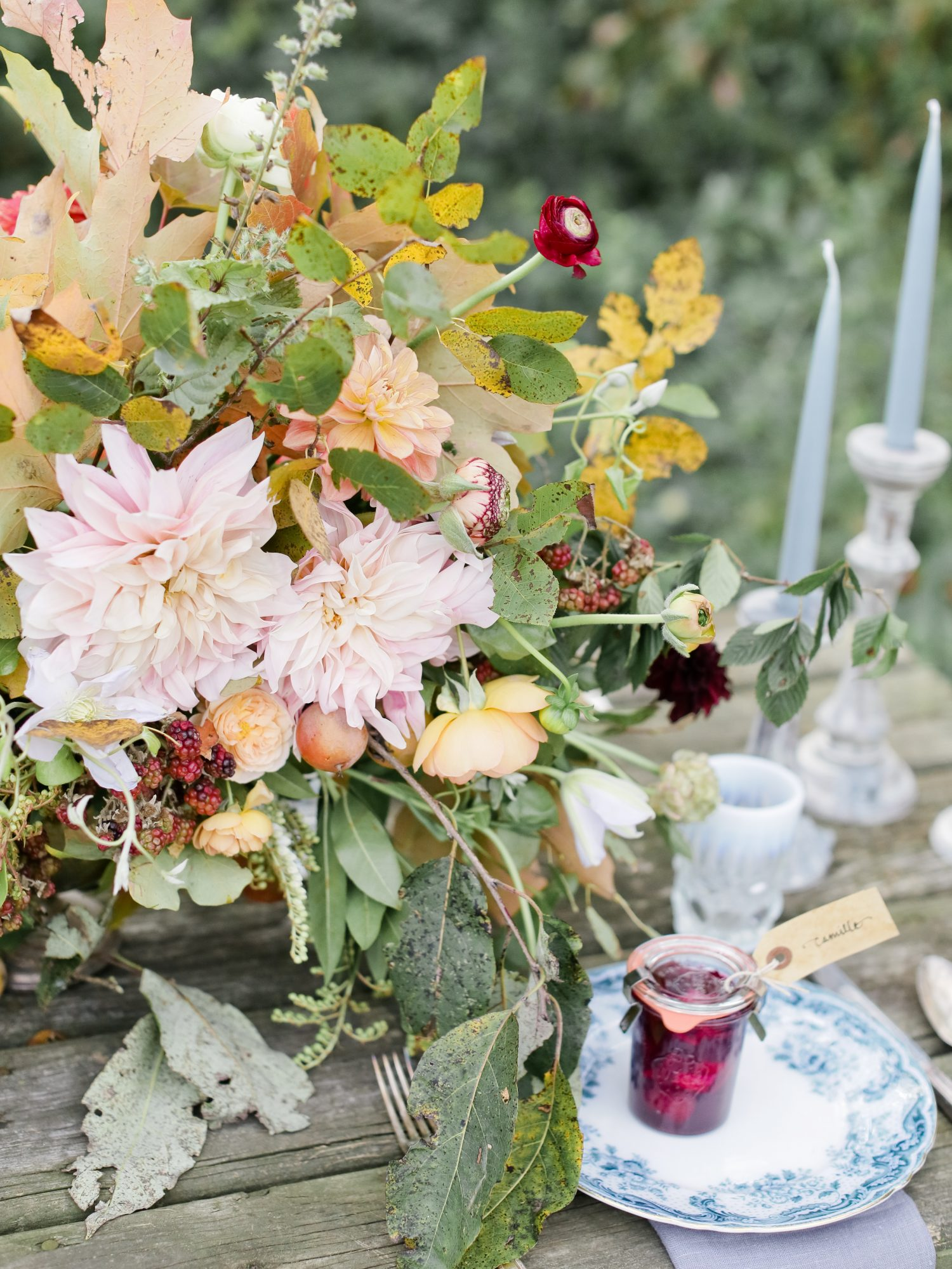 poppies-posies-thanksgiving-table-1116.jpg (skyword:358450)