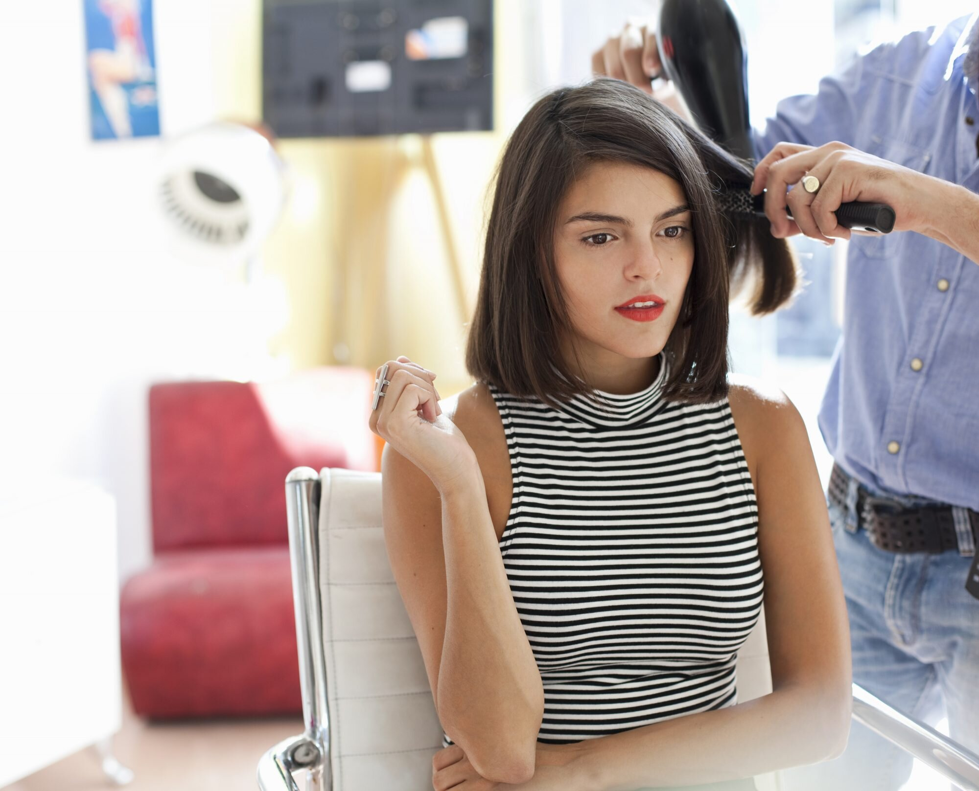 Thinking Of Cutting Your Hair Before Your Wedding Here S How To Find The Best Short Style For Your Face Shape Martha Stewart