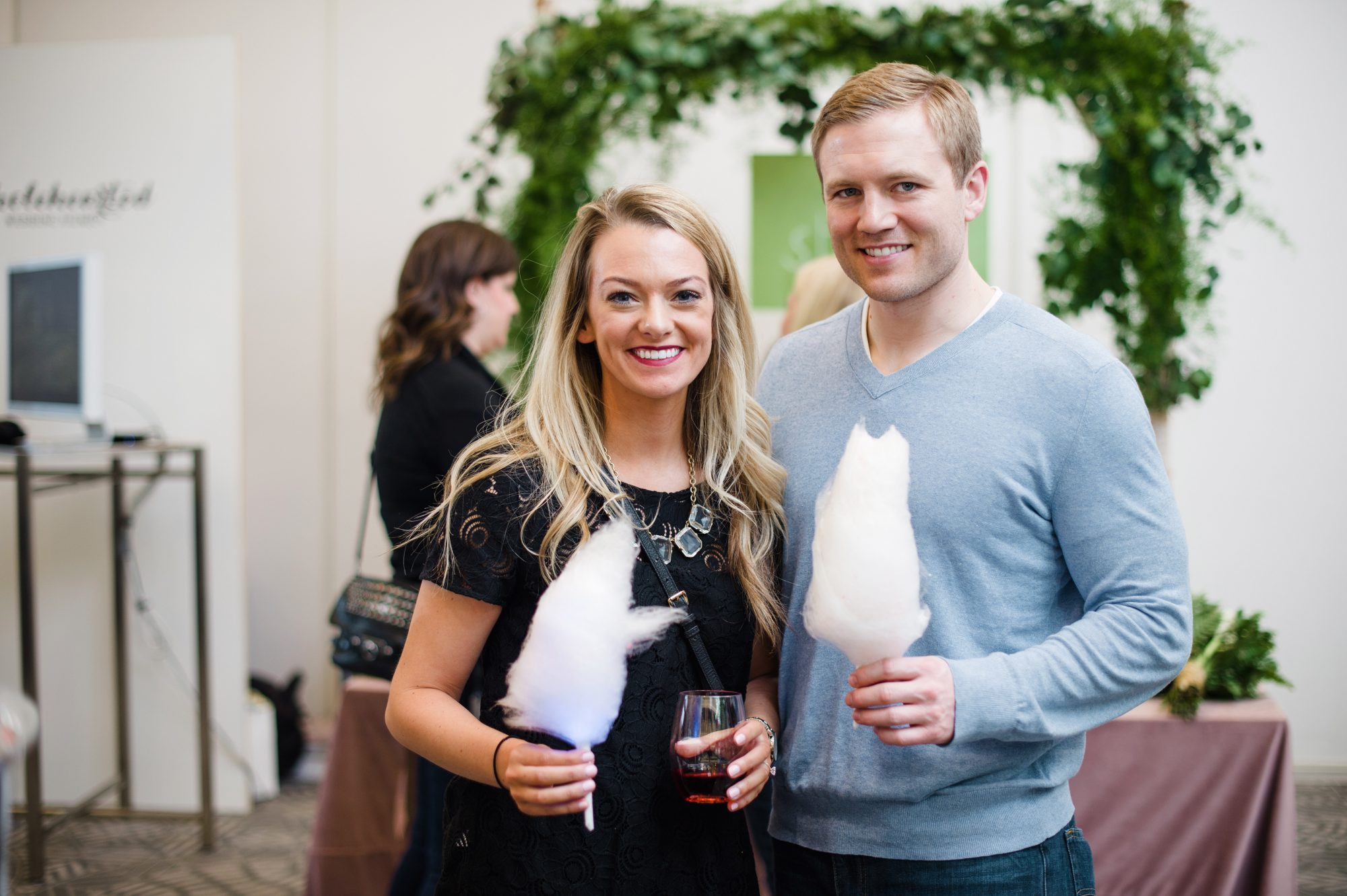 wedding party cotton candy couple