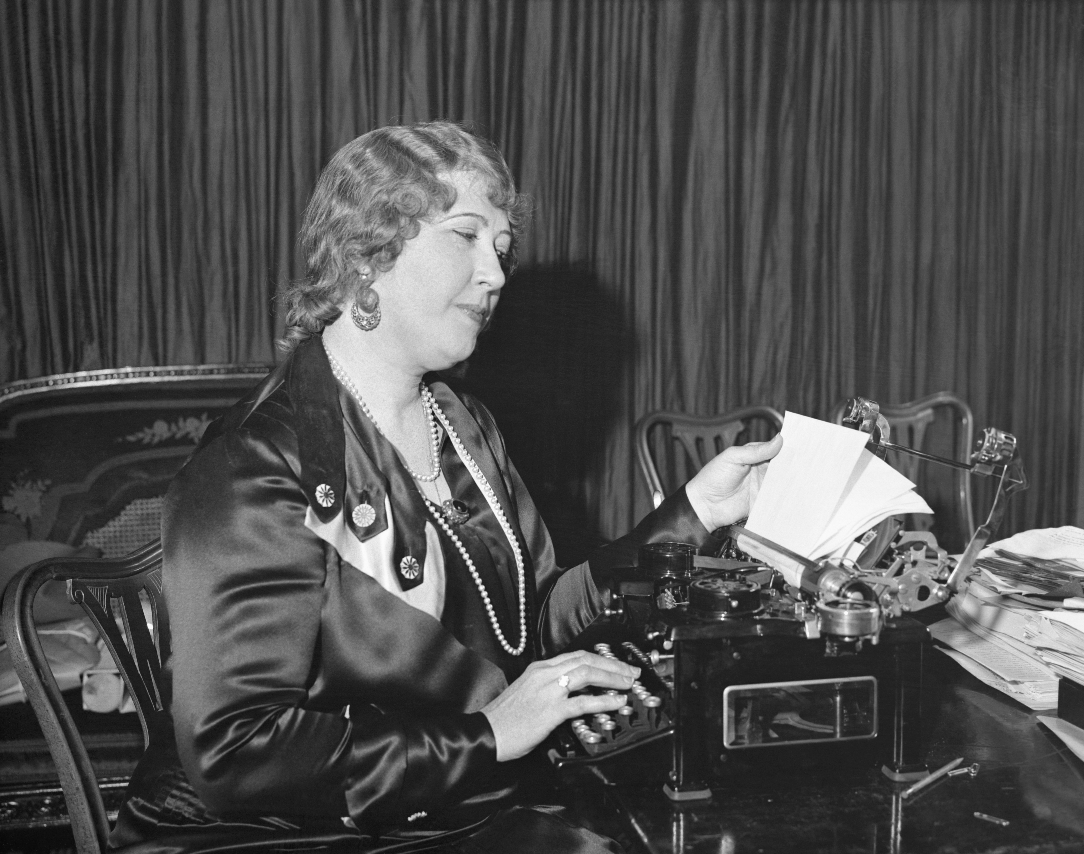 Beulah Louise Henry with one of her inventions.
