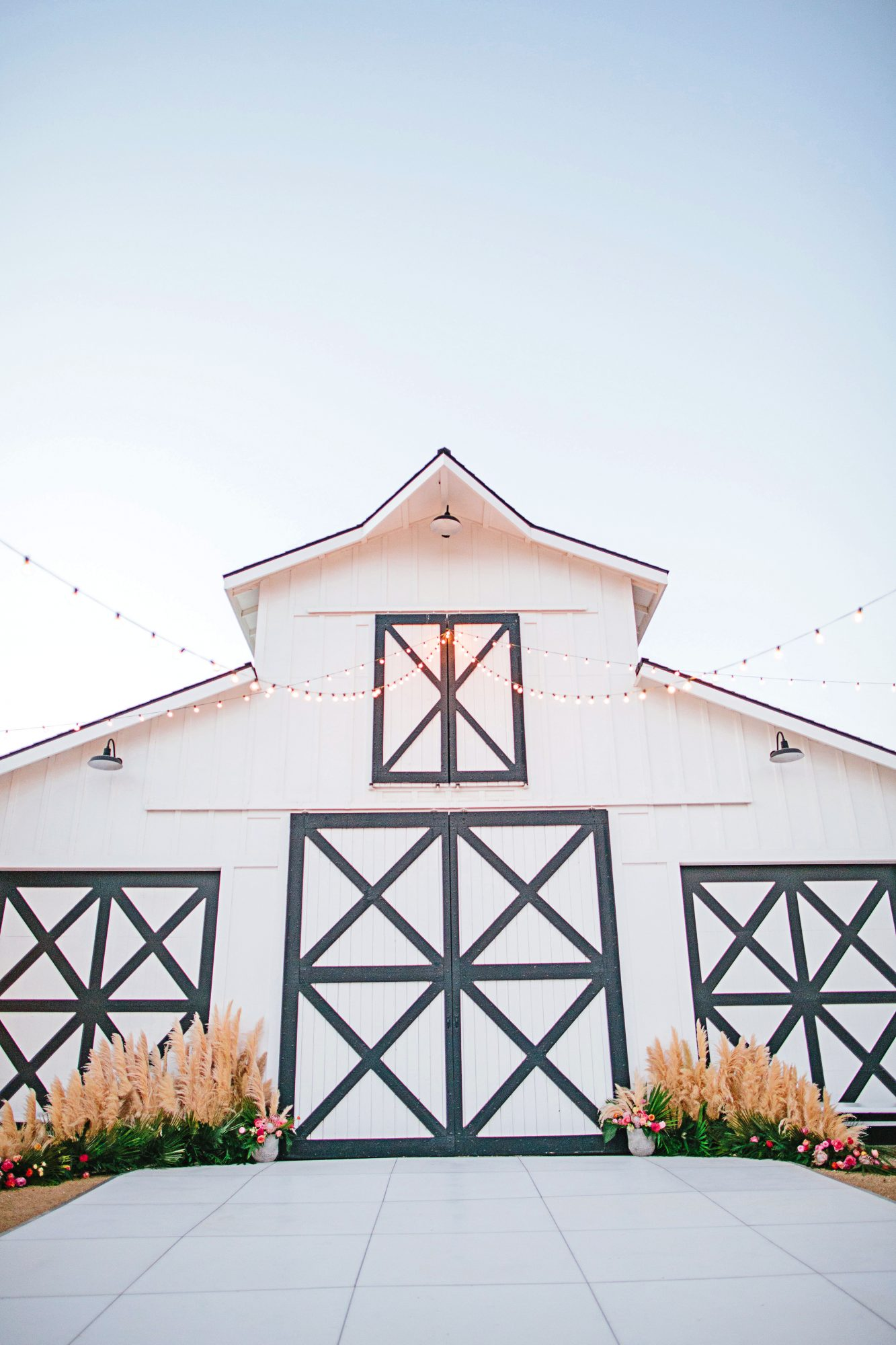 stephanie jared wedding barn