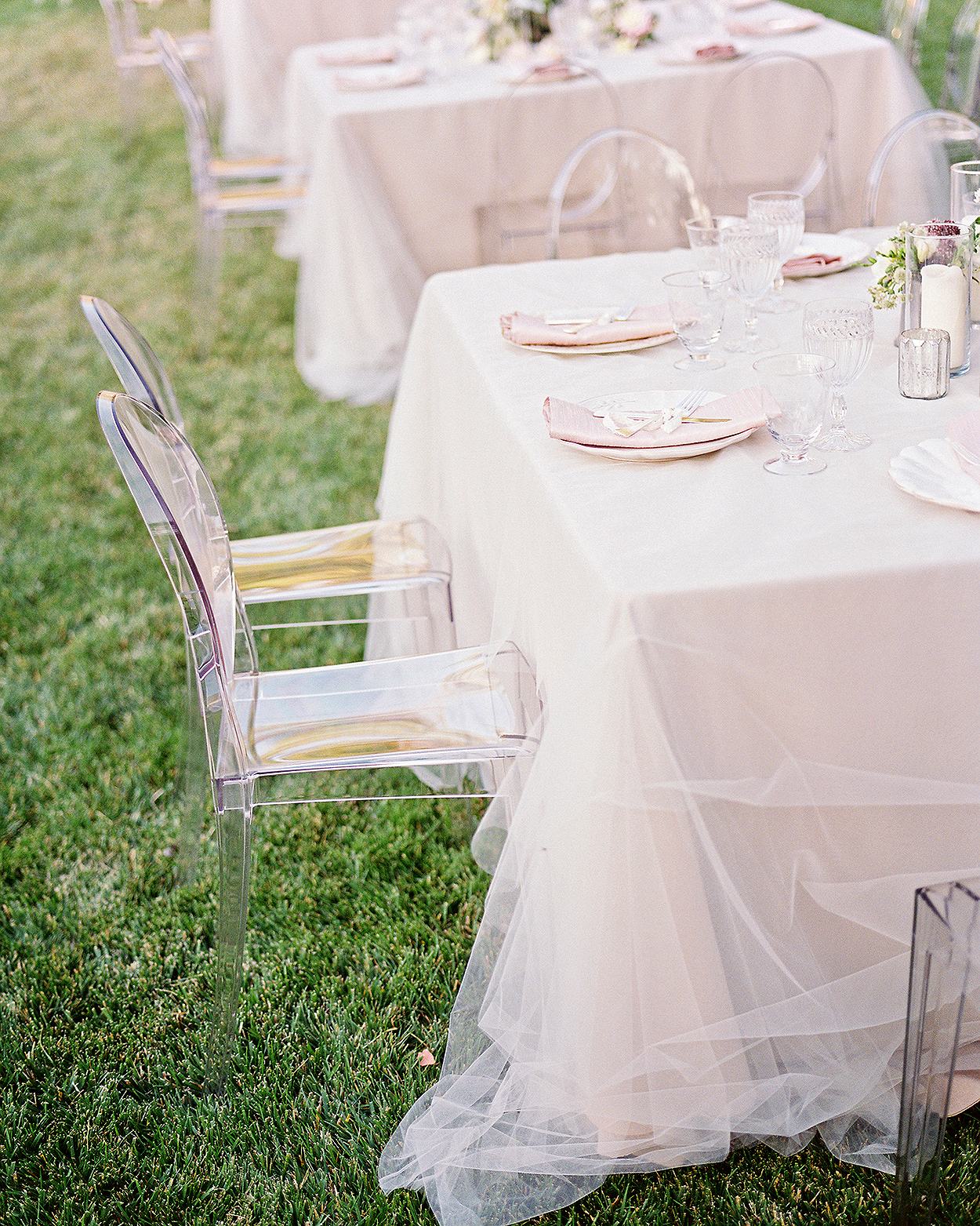 tulle adding texture to top of table