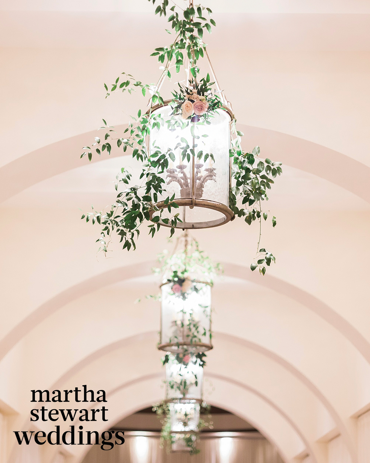 jessica and kris bryant chandelier