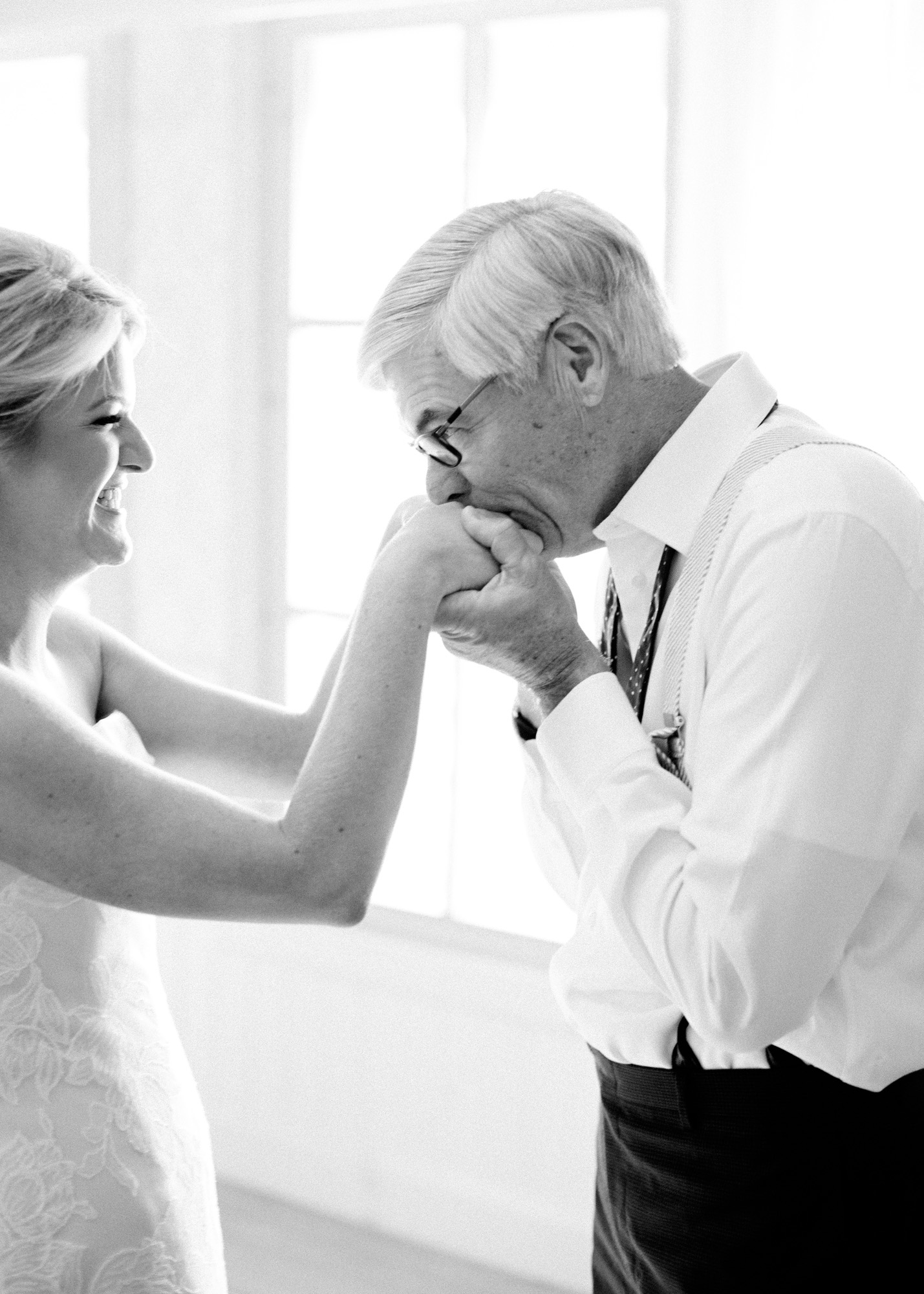 Father-Daughter Wedding Photos, Dad and Daughter First Look