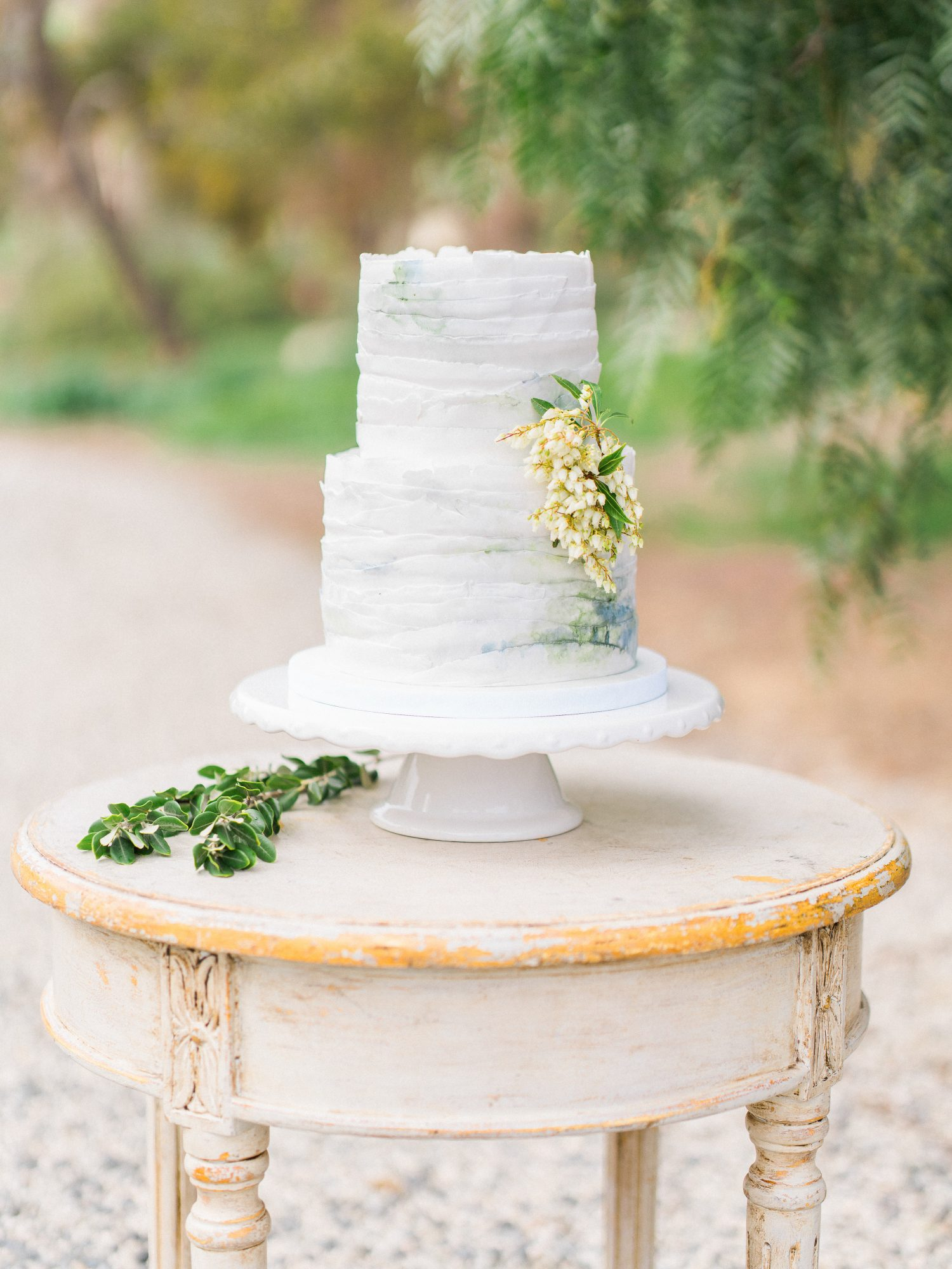 Gray and White Deckle-Edge Wedding Cake