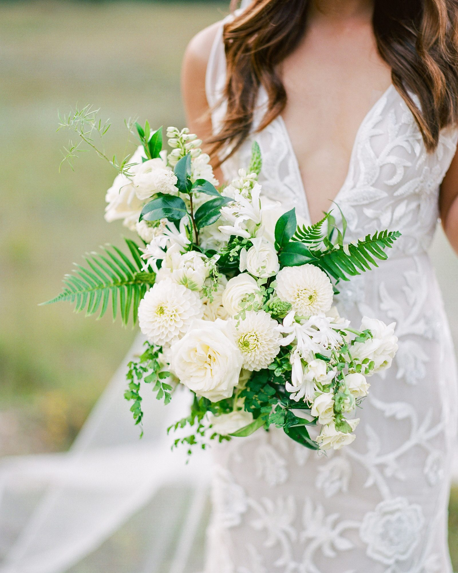 heat resistant bouquets all white garden rose
