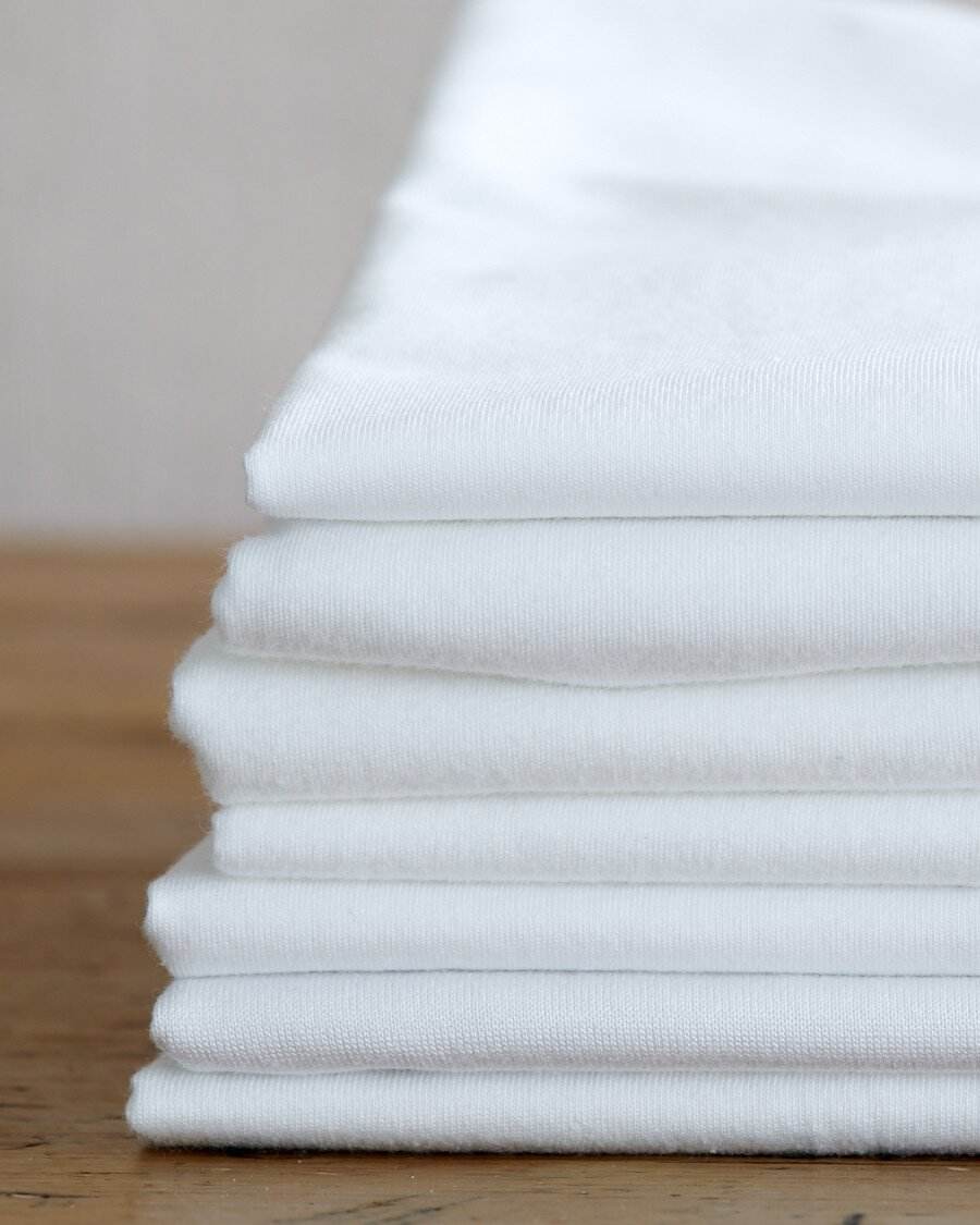 How To Wash White Clothes And Keep Them Looking As Bright As They