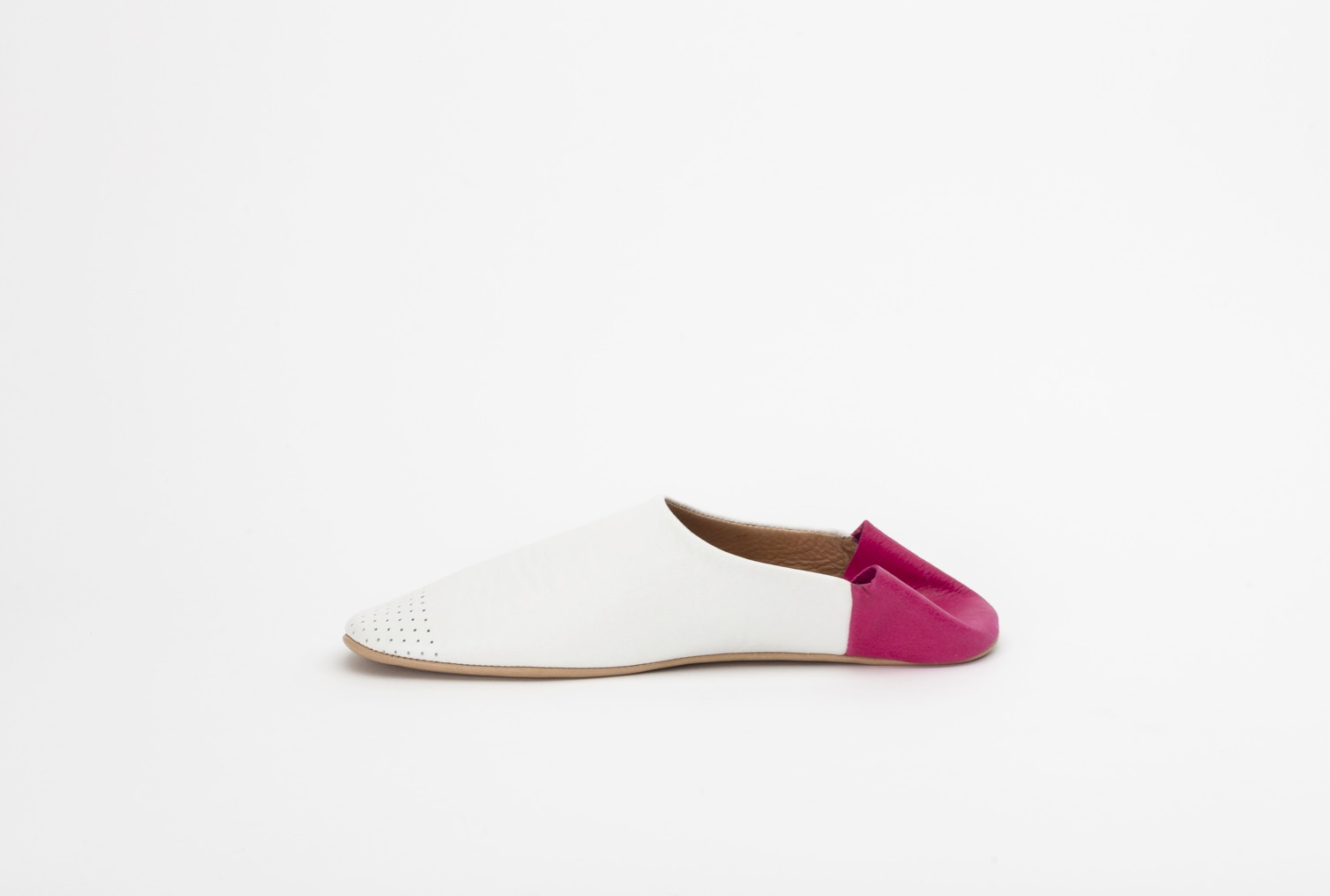 slippers-white-pink-jill-burrows
