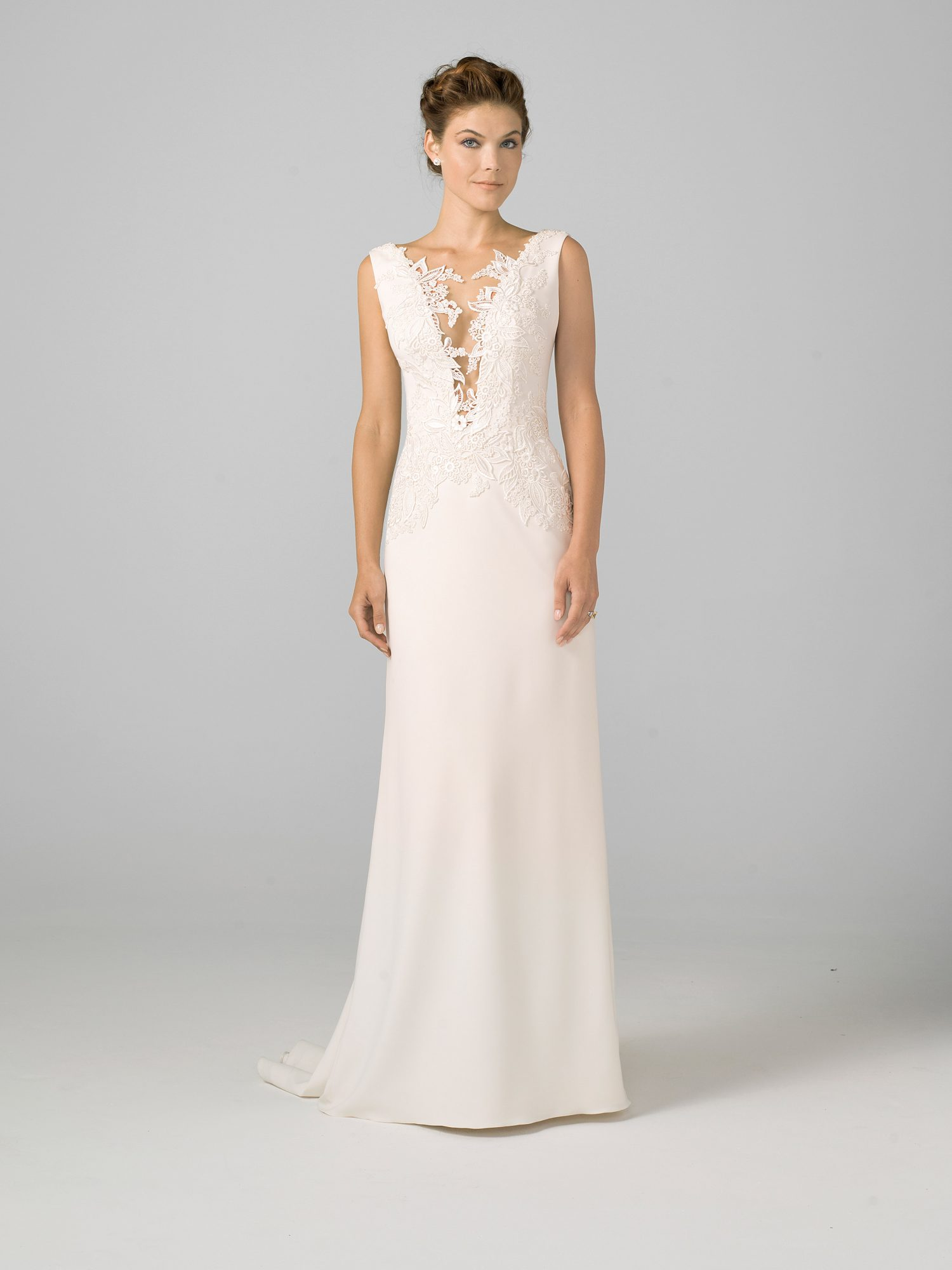 azul by liancarlo 2018 lace detail plunging v-neck wedding dress