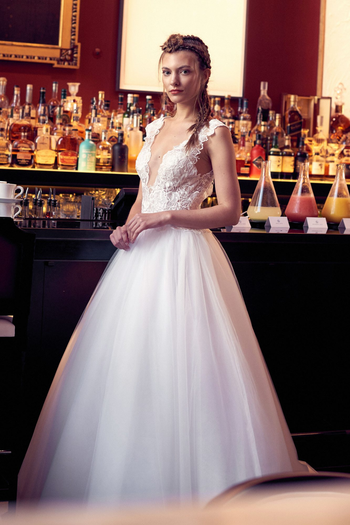 isabelle armstrong wedding dress fall 2018 v-neck cap sleeves lace ball gown