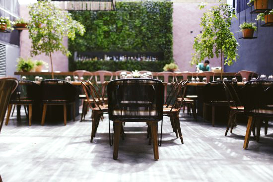 restaurant table chairs