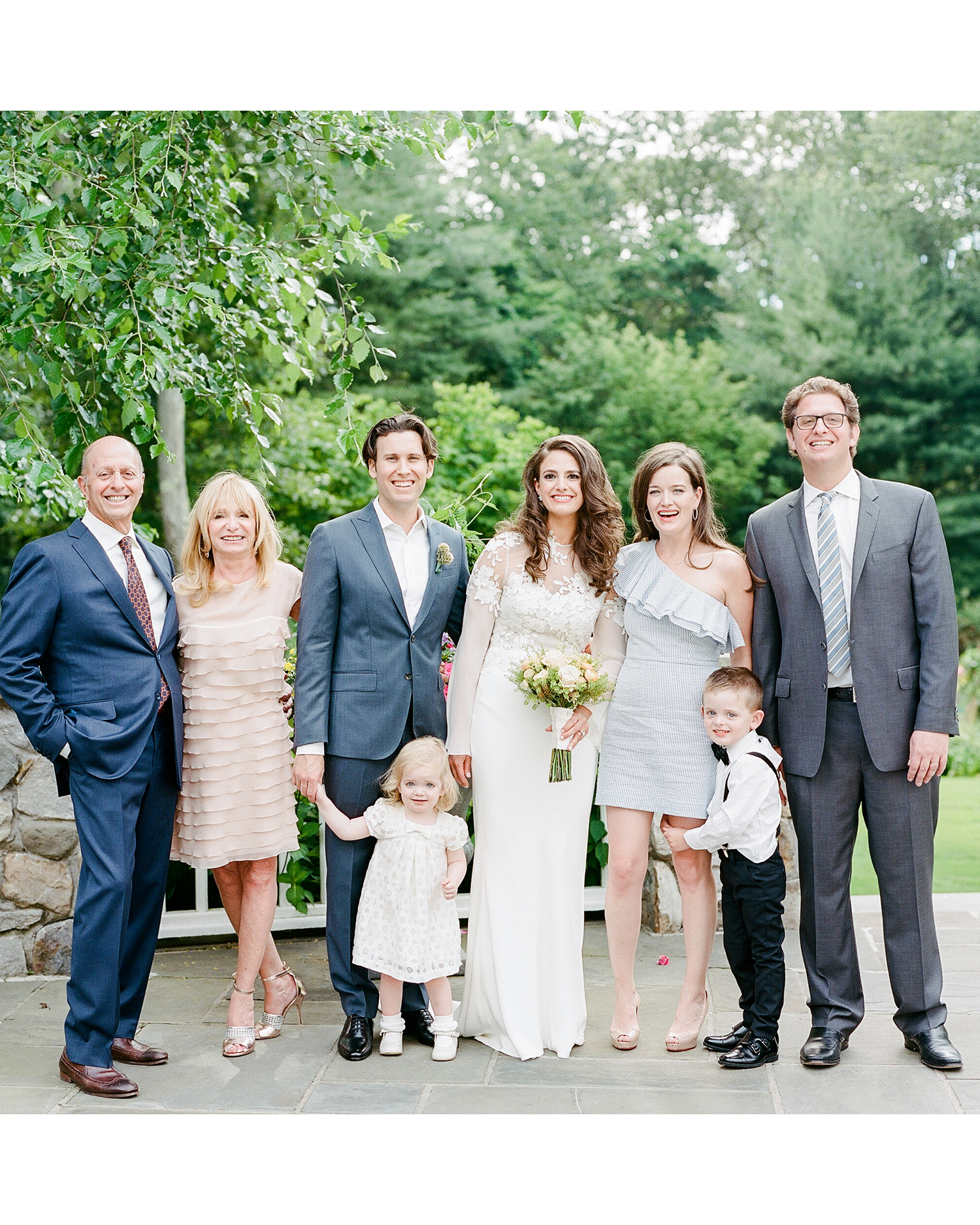 melissa michael wedding family portrait