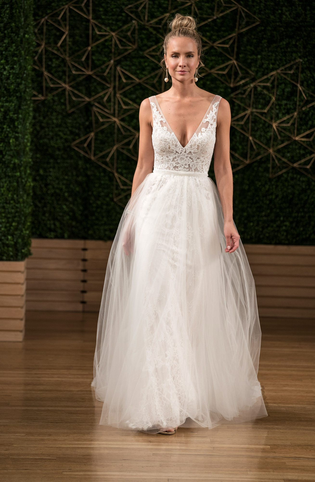 maggie sottero wedding dress fall 2018 tulle overlay v neck lace