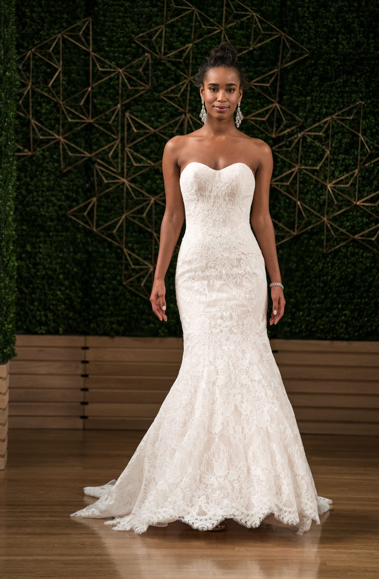 maggie sottero wedding dress fall 2018 sweetheart lace trumpet