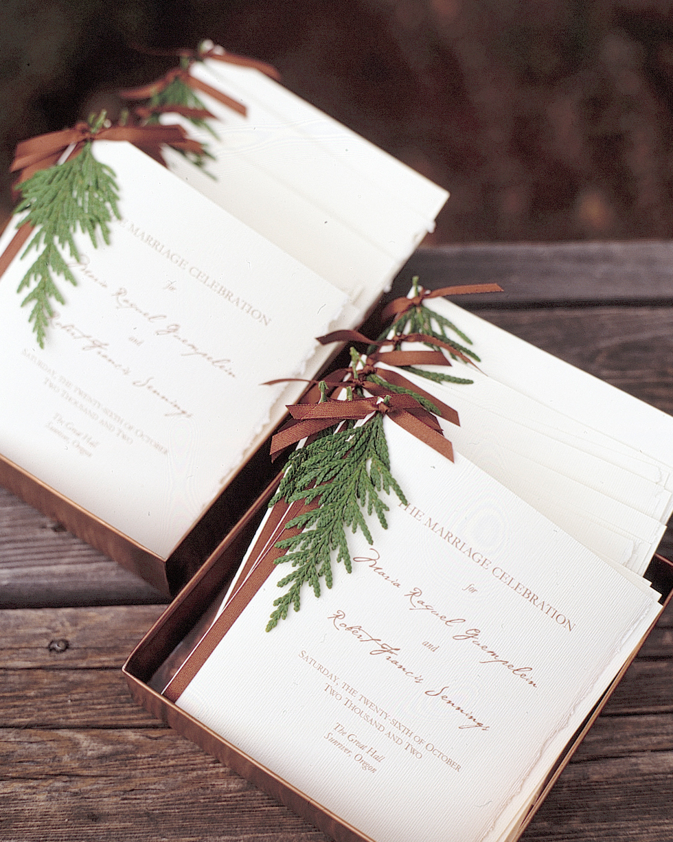 christmas-real-wedding-ideas-a99893-programs-1114.jpg