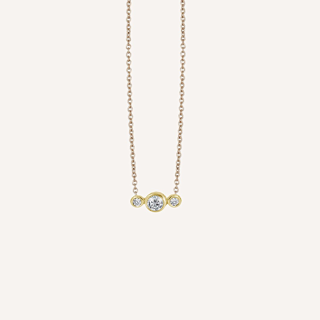 delicate gold necklace  pendant Ilana Ariel