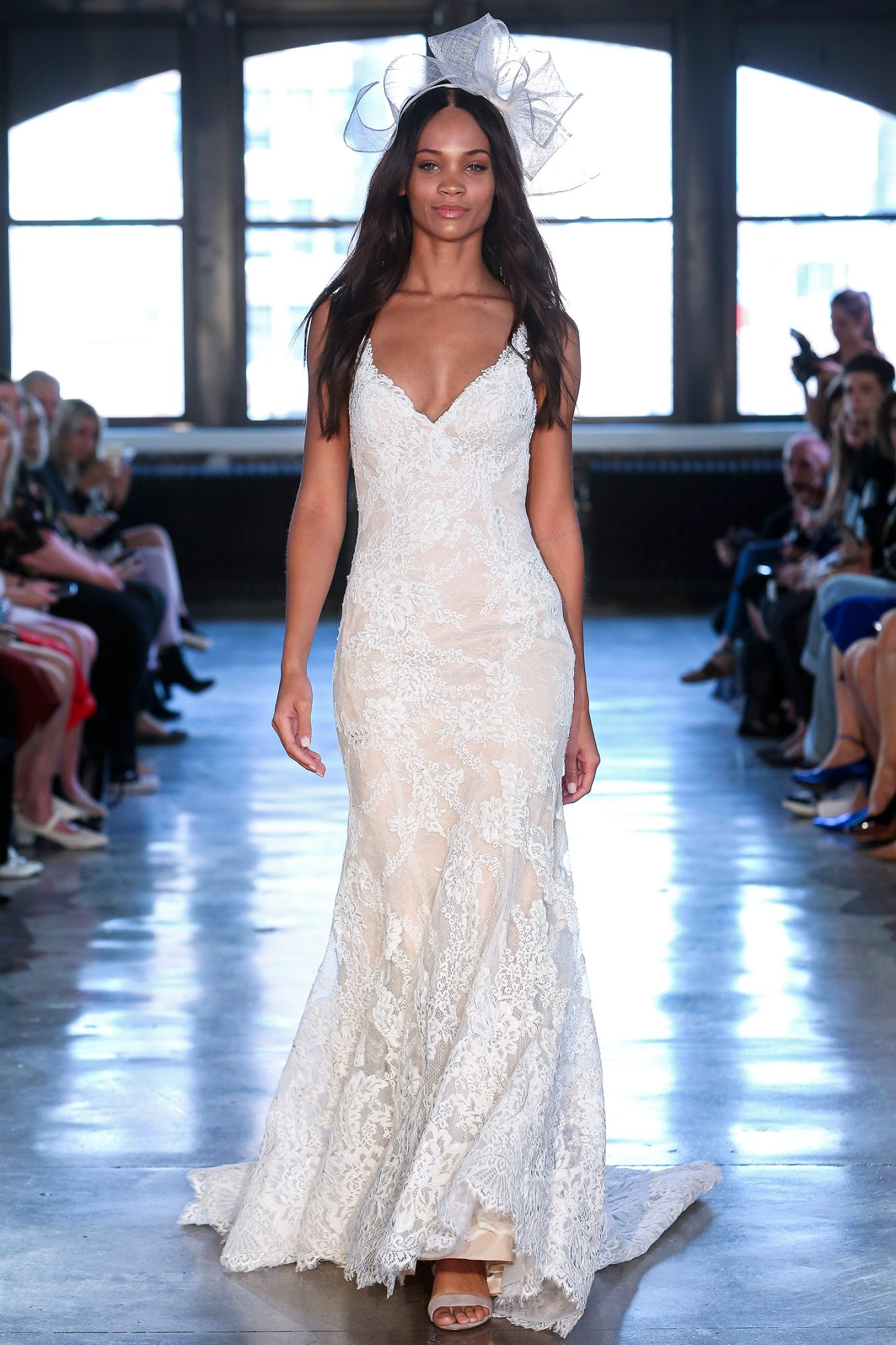 watters wedding dress spring 2019 v-neck trumpet with embroidery