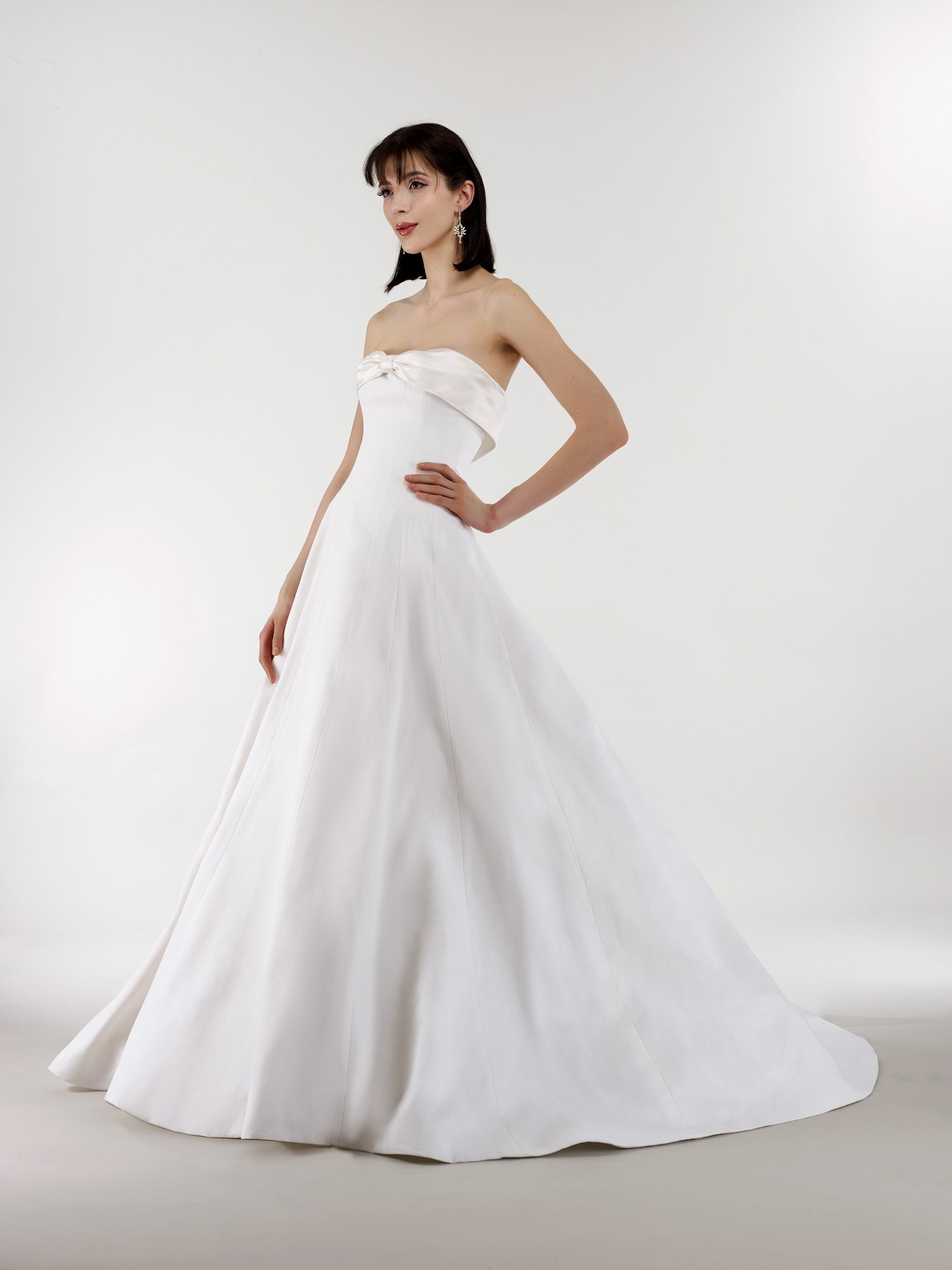 steven birnbaum bridal wedding dress spring 2019 strapless ribbon ballgown
