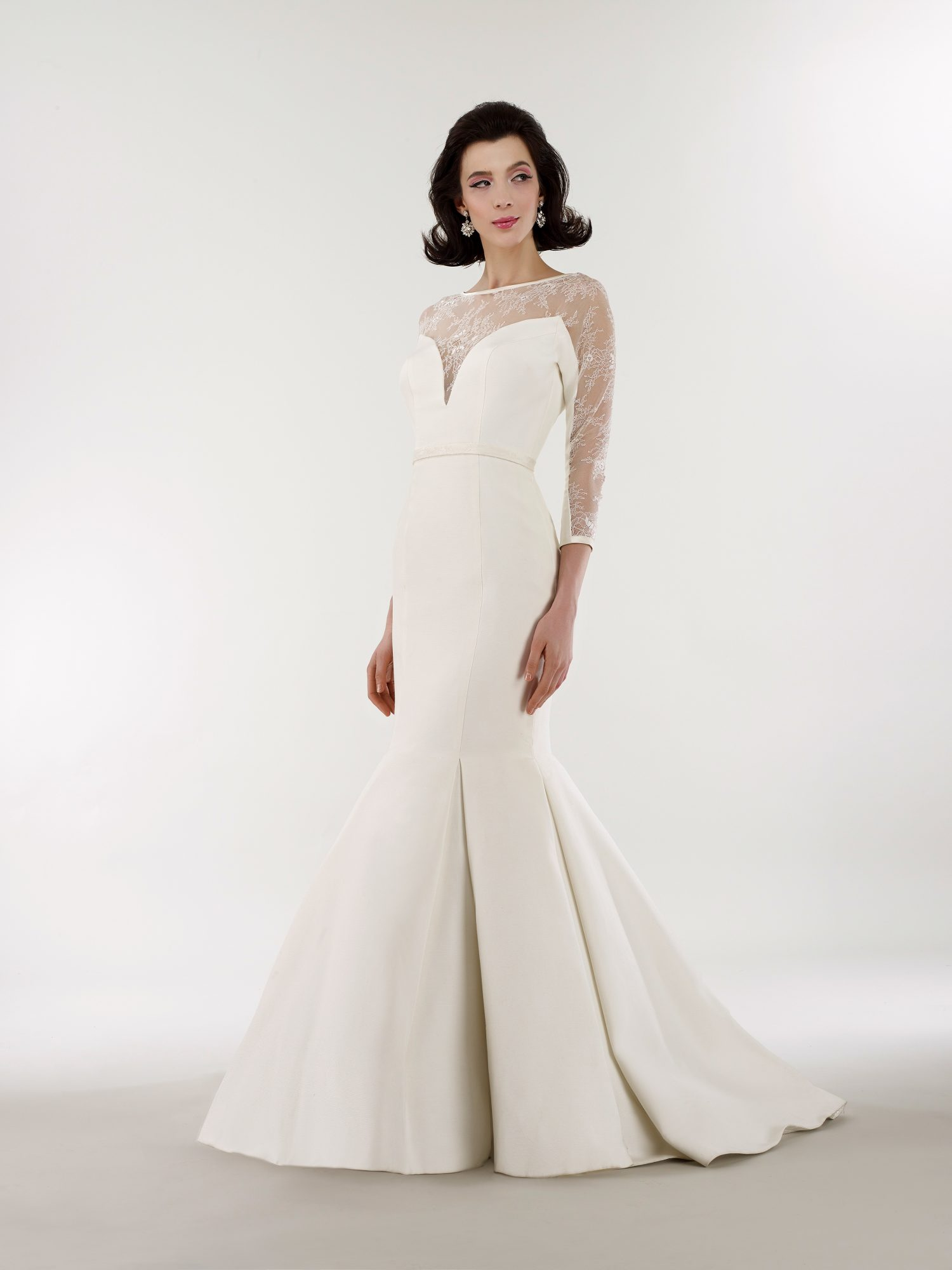 steven birnbaum bridal wedding dress spring 2019 trumpet illusion three-quarter length sleeves