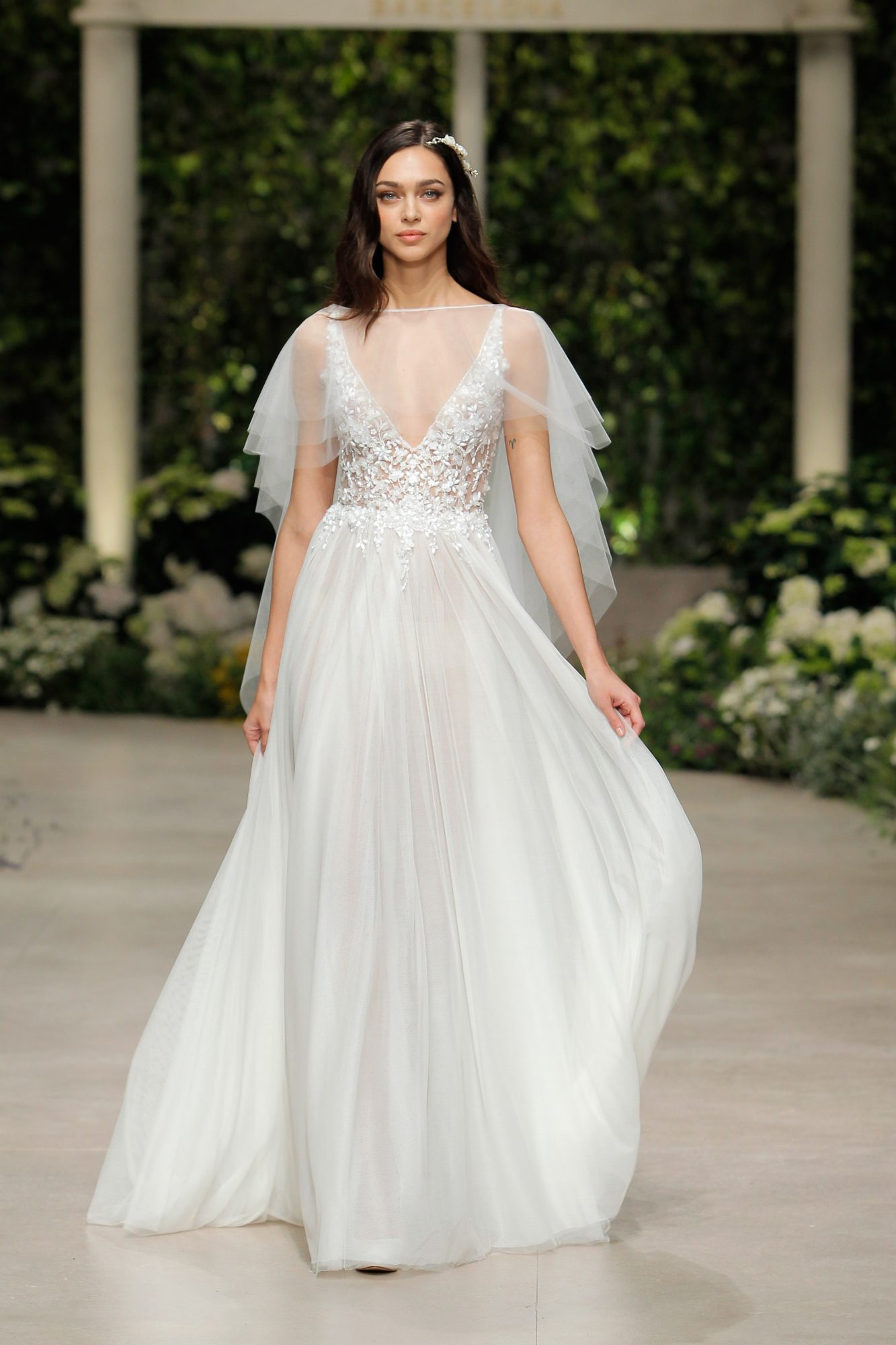 pronovias wedding dress spring 2019 a-line v-neck