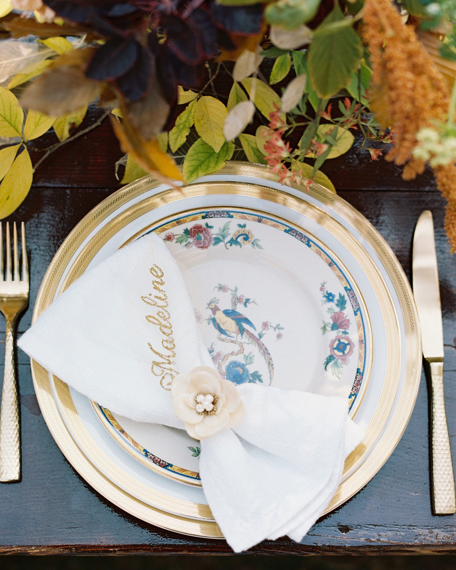 madeline brad wedding place setting