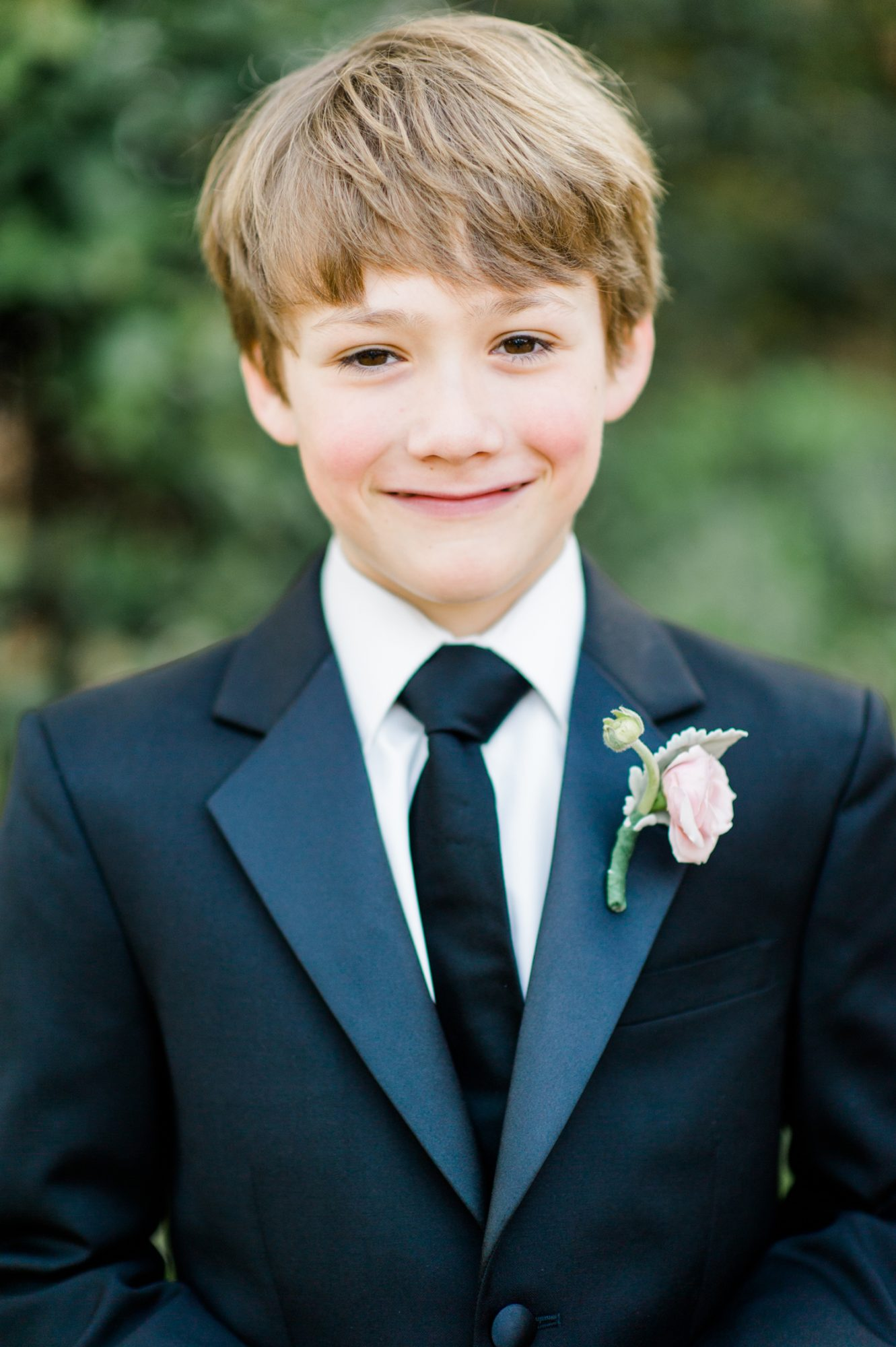Simple Ring Bearer Boutonnière