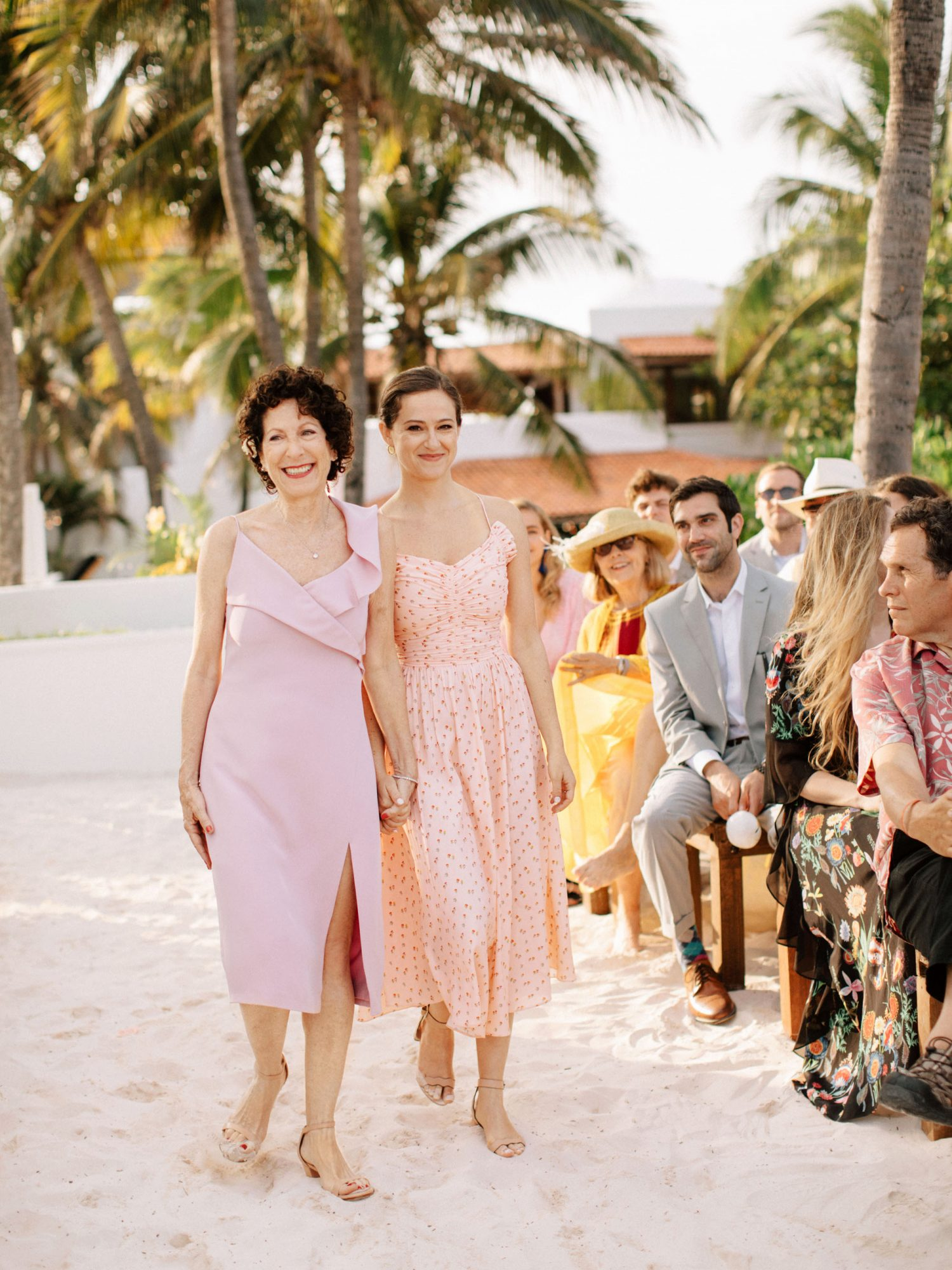 Mother Of The Bride Dresses That Wowed At Weddings Martha Stewart,Wedding Wedding Party Long Dresses For Girls