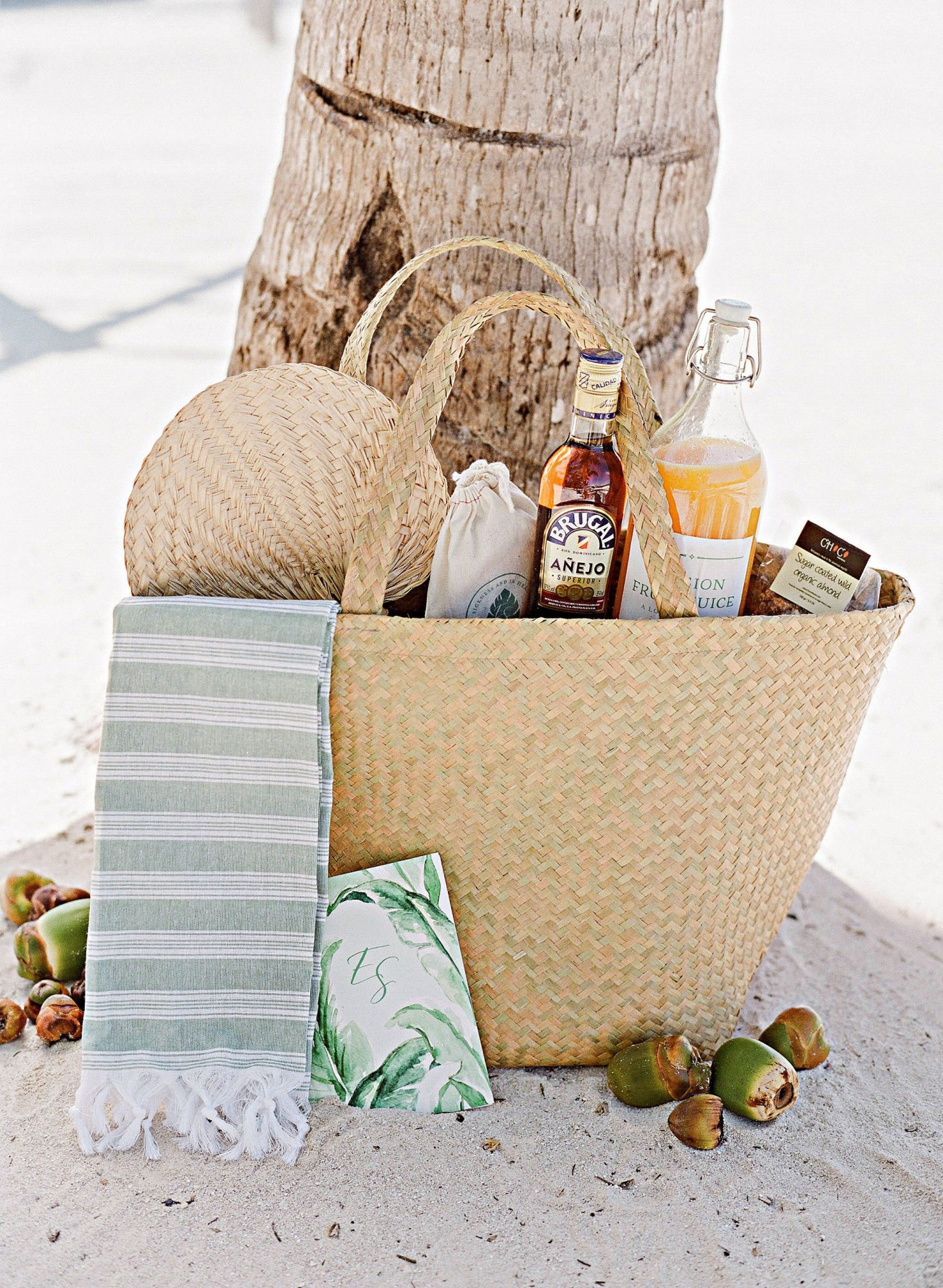elizabeth sohale wedding dominican republic beach welcome bag