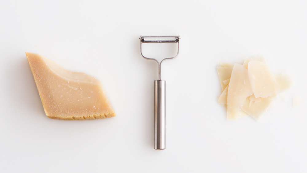 how_to_shave_parmesan_1.jpg