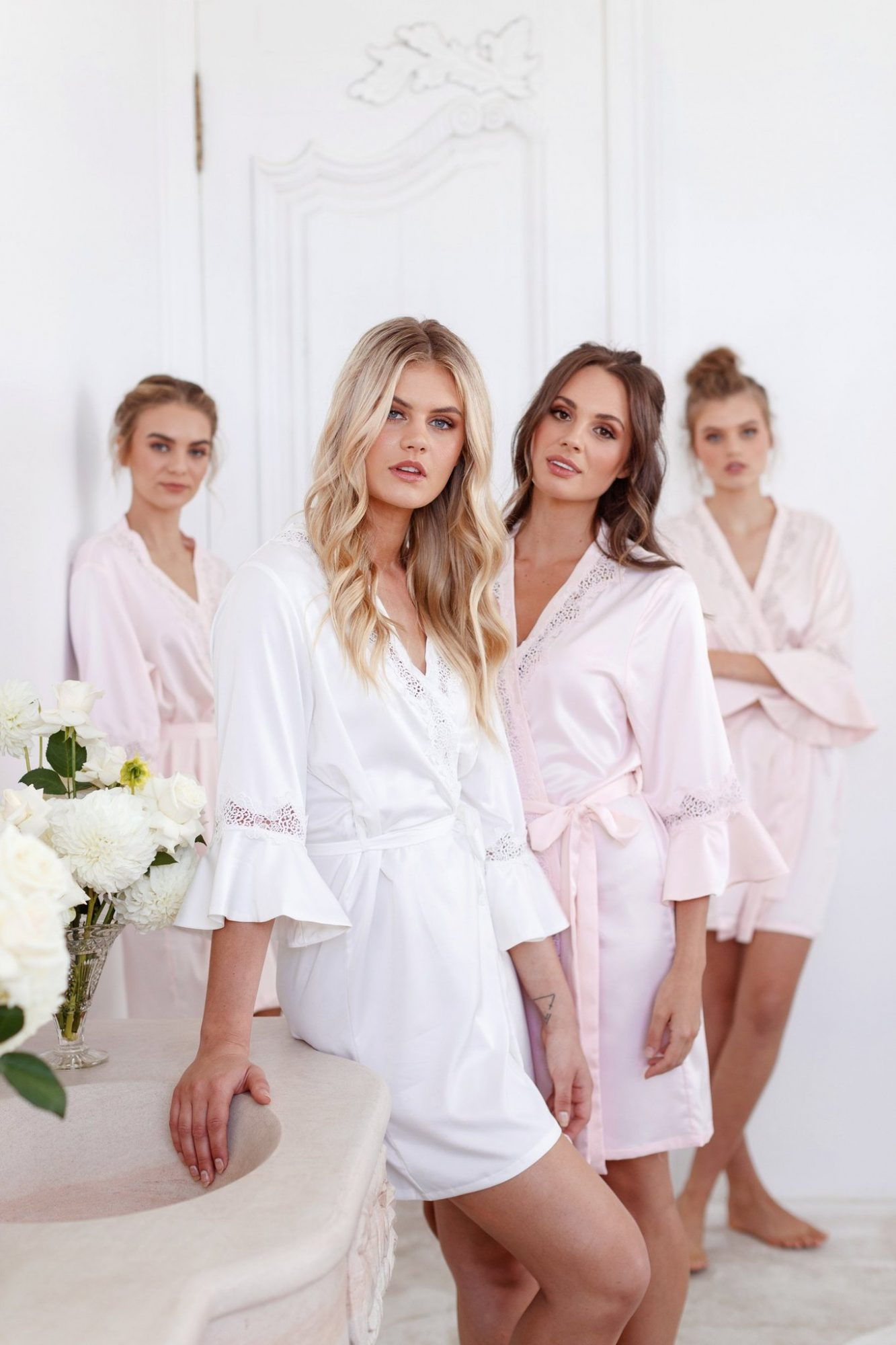 bridesmaids robes le rose chloe