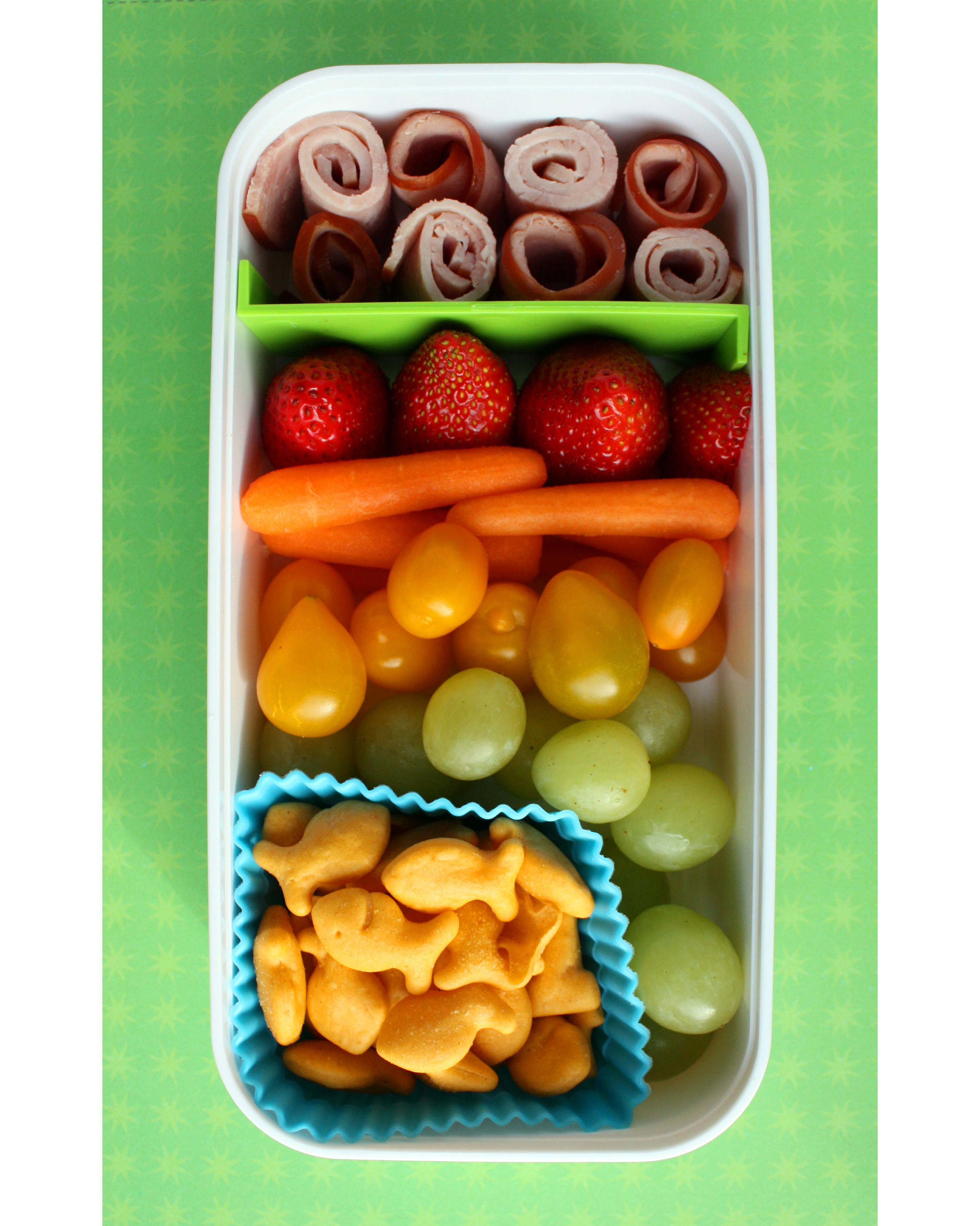 bento box rainbow goldfish grapes carrots