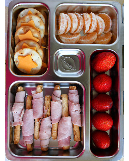 bento box pretzel rods with ham berries crackers