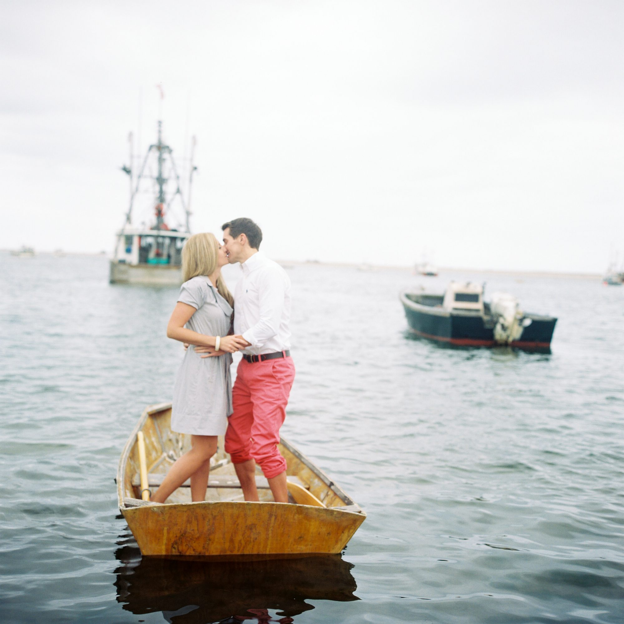 couple getting engaged on boat trent bailey