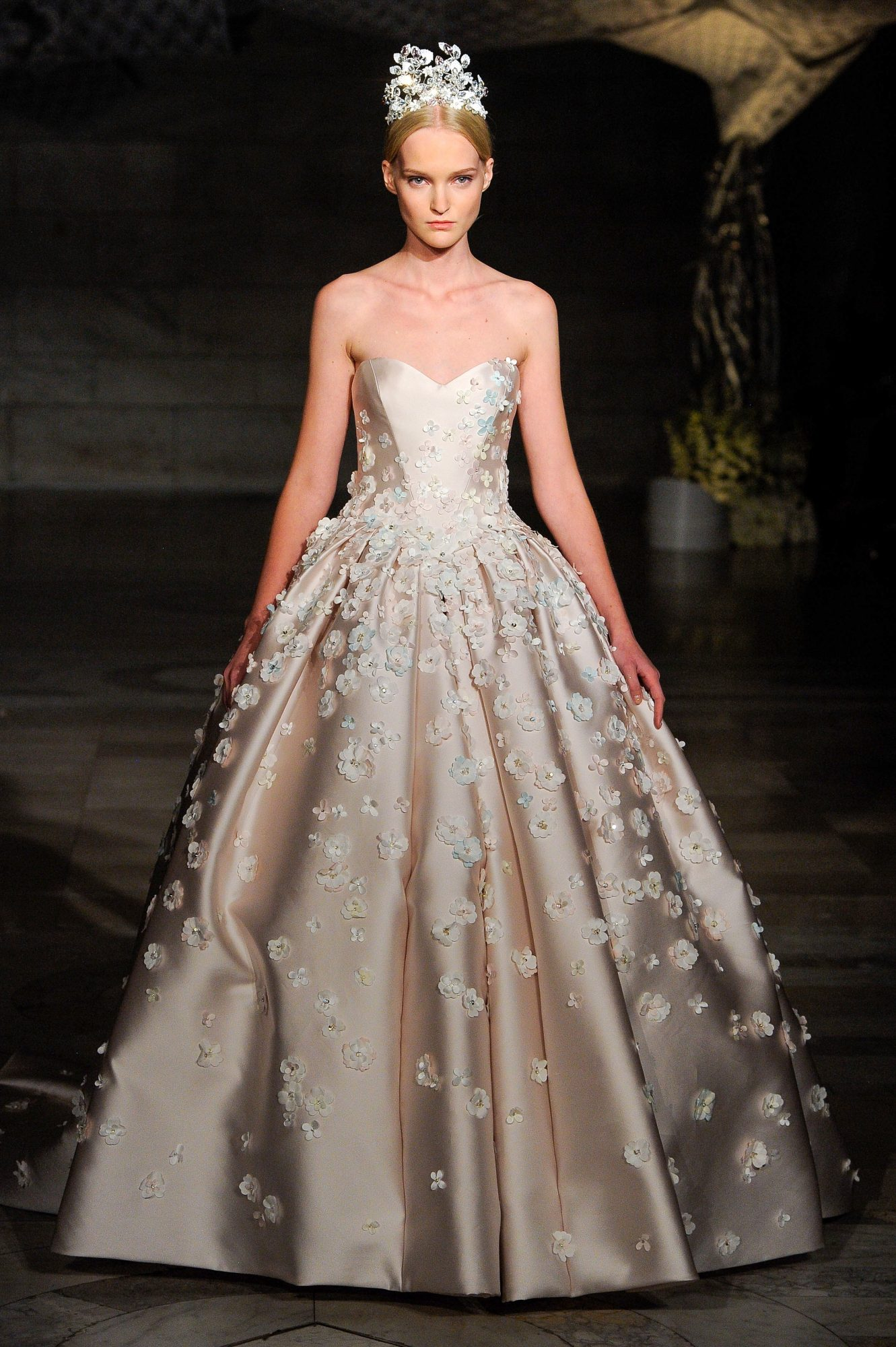 reem acra fall 2019 floral applique strapless ball gown wedding dress