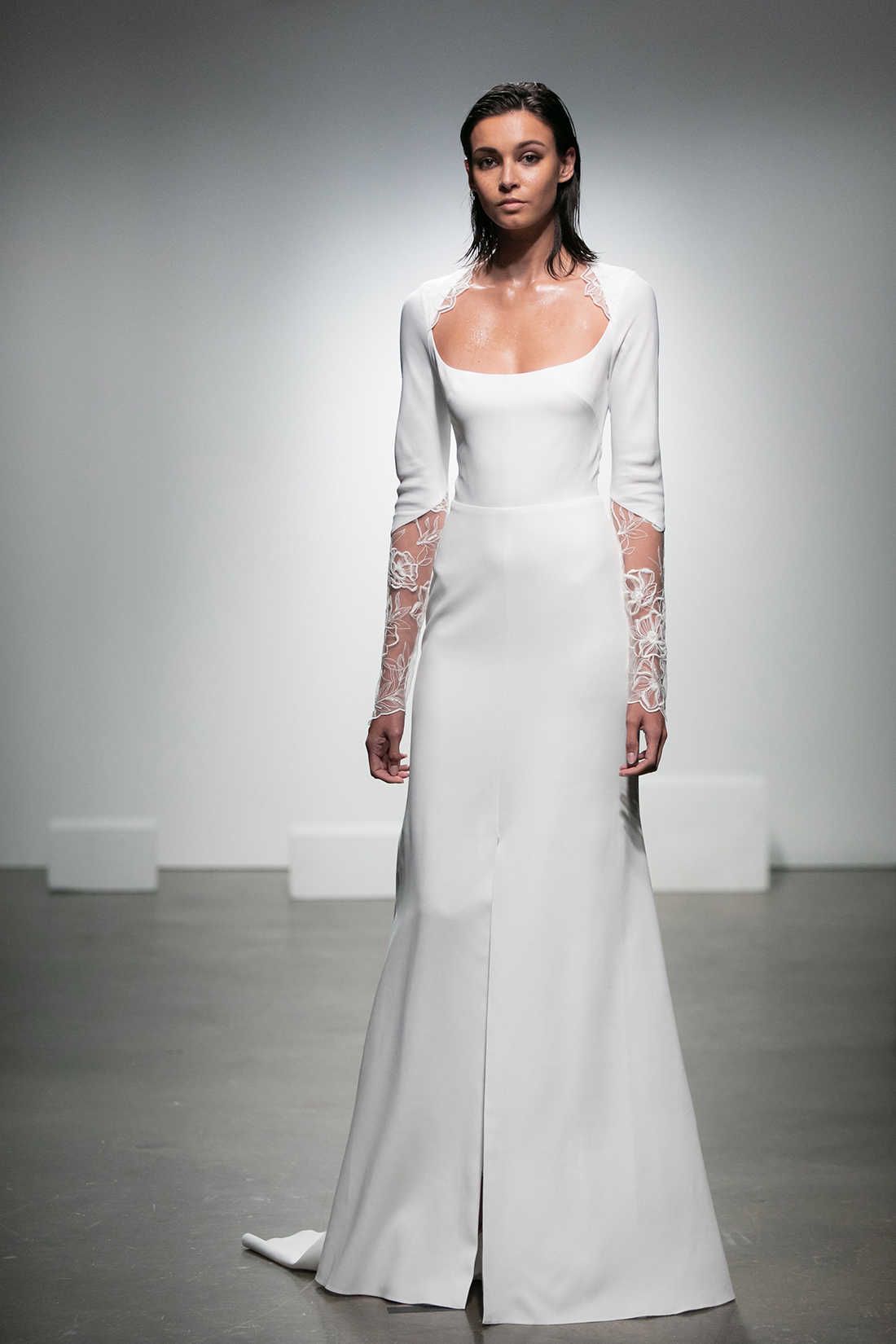 rime arodaky fall 2019 a line scoop neck illusion three quarter sleeves lace floral applique