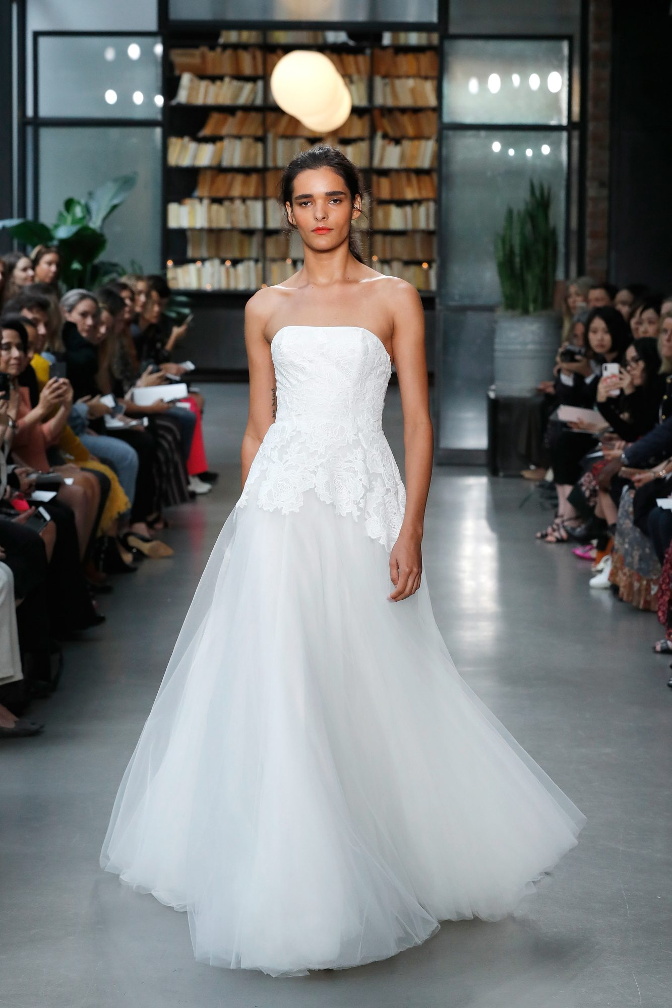 nouvelle amsale wedding dress strapless tulle a-line