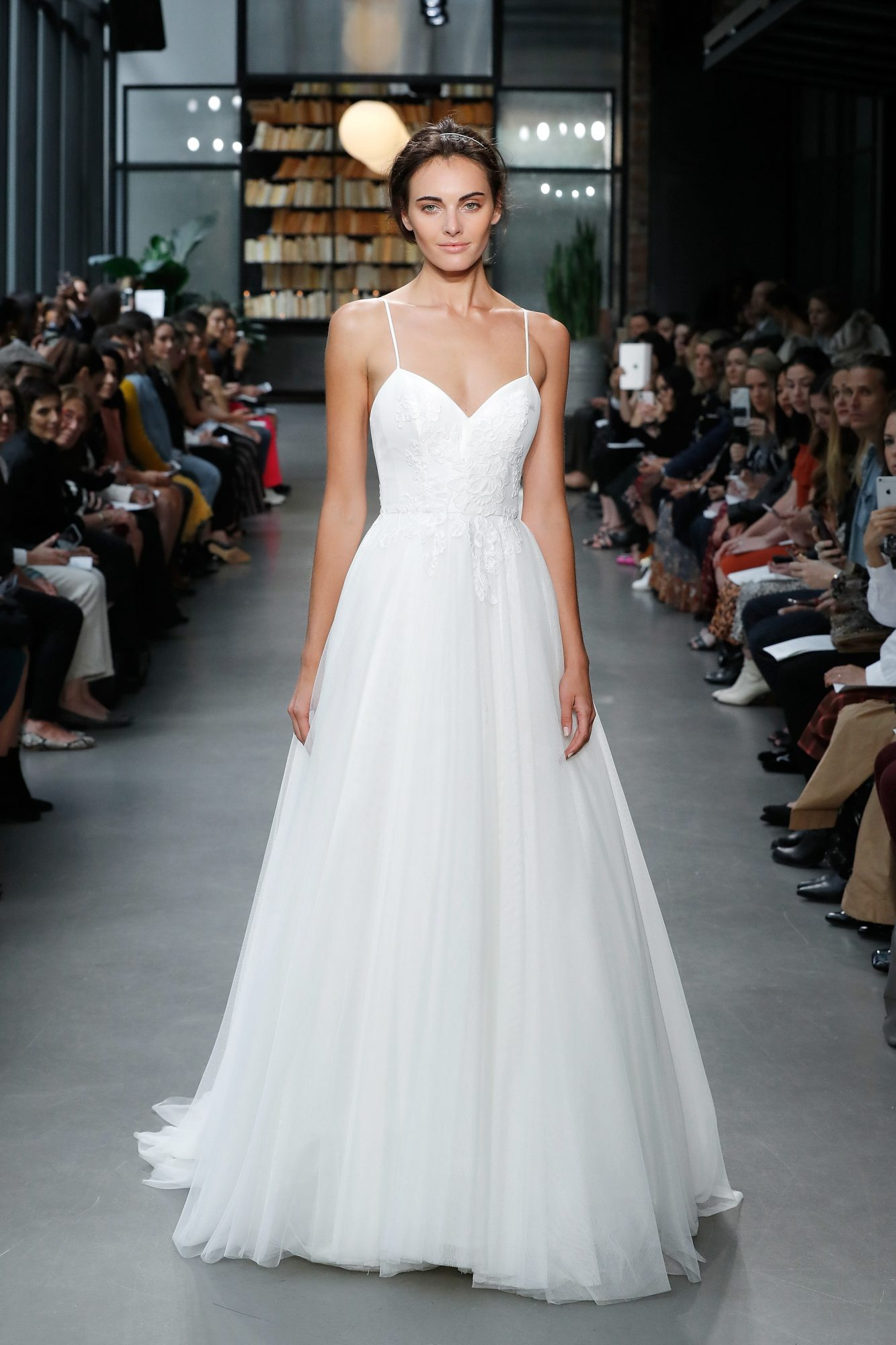 nouvelle amsale wedding dress spaghetti strap sweetheart a-line