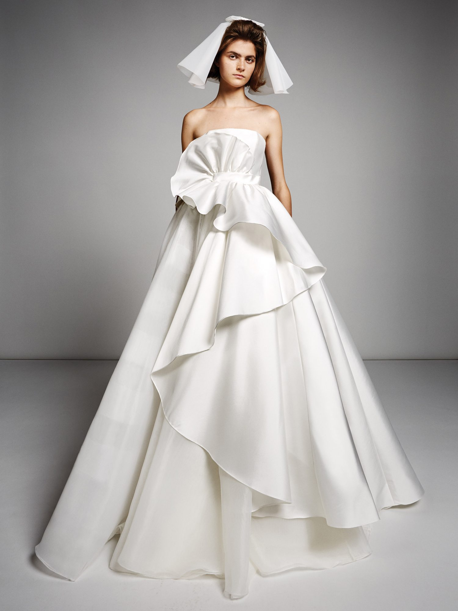 viktor rolf marriage fall 2019 strapless tiered ballgown