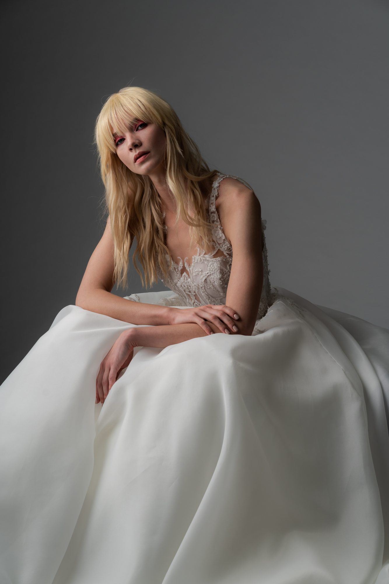 alyne rita vinieris fall 2019 square neckline ball gown with beaded lace top