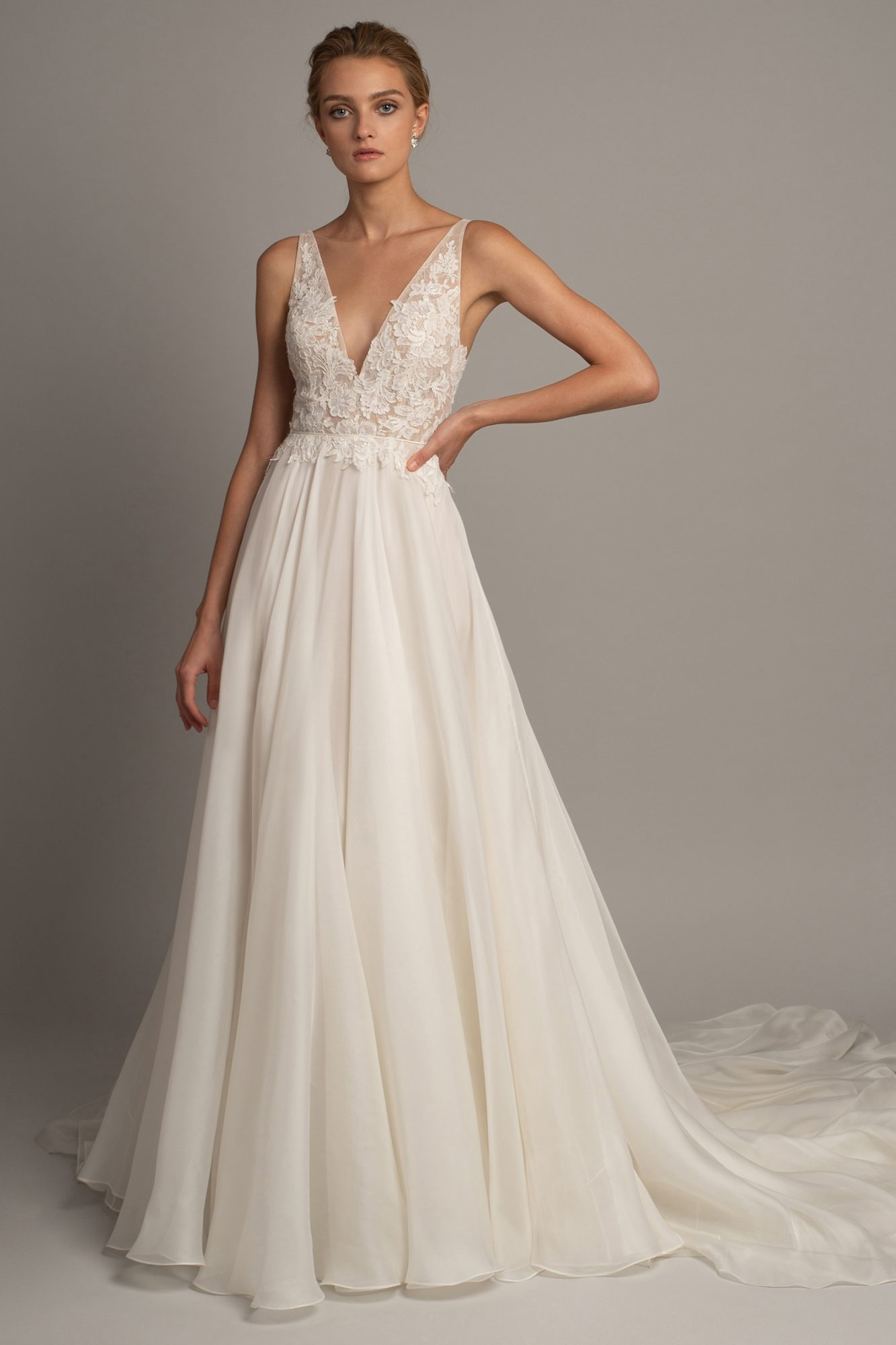 jenny yoo fall 2019 lace v-neck a-line gown