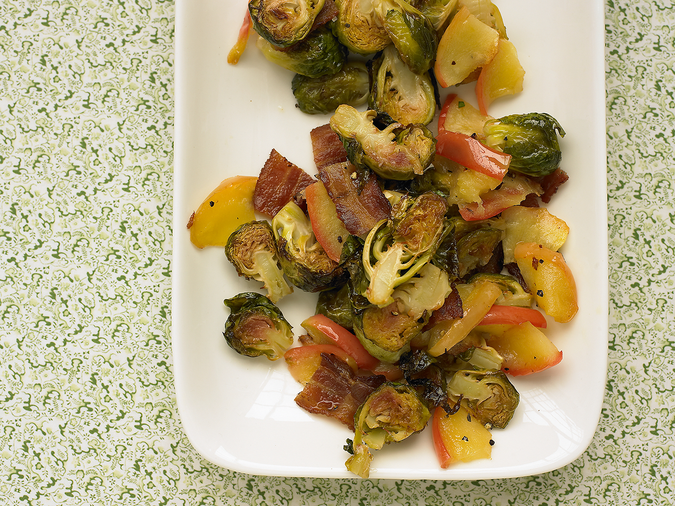 brussels sprouts apple bacon